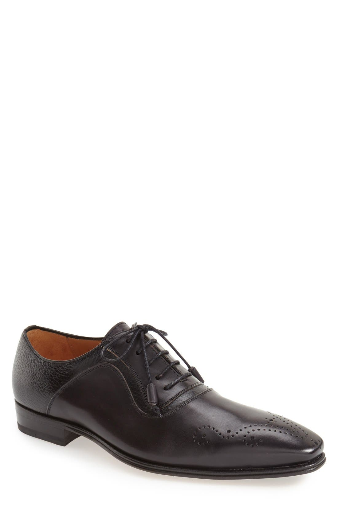 Mezlan 'Tito' Medallion Toe Oxford (Men)