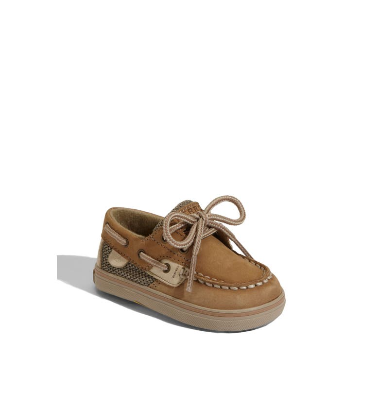 Sperry Top-Sider boat shoes: from the boat shoe experts The Sperry Top-Sider brand specializes in boat shoes and similar footwear such as deck shoes and all kinds of flat leather shoes. This collection of boat shoes by Sperry Top-Sider is the perfect place to browse if you want some wearable, durable, reliable footwear.