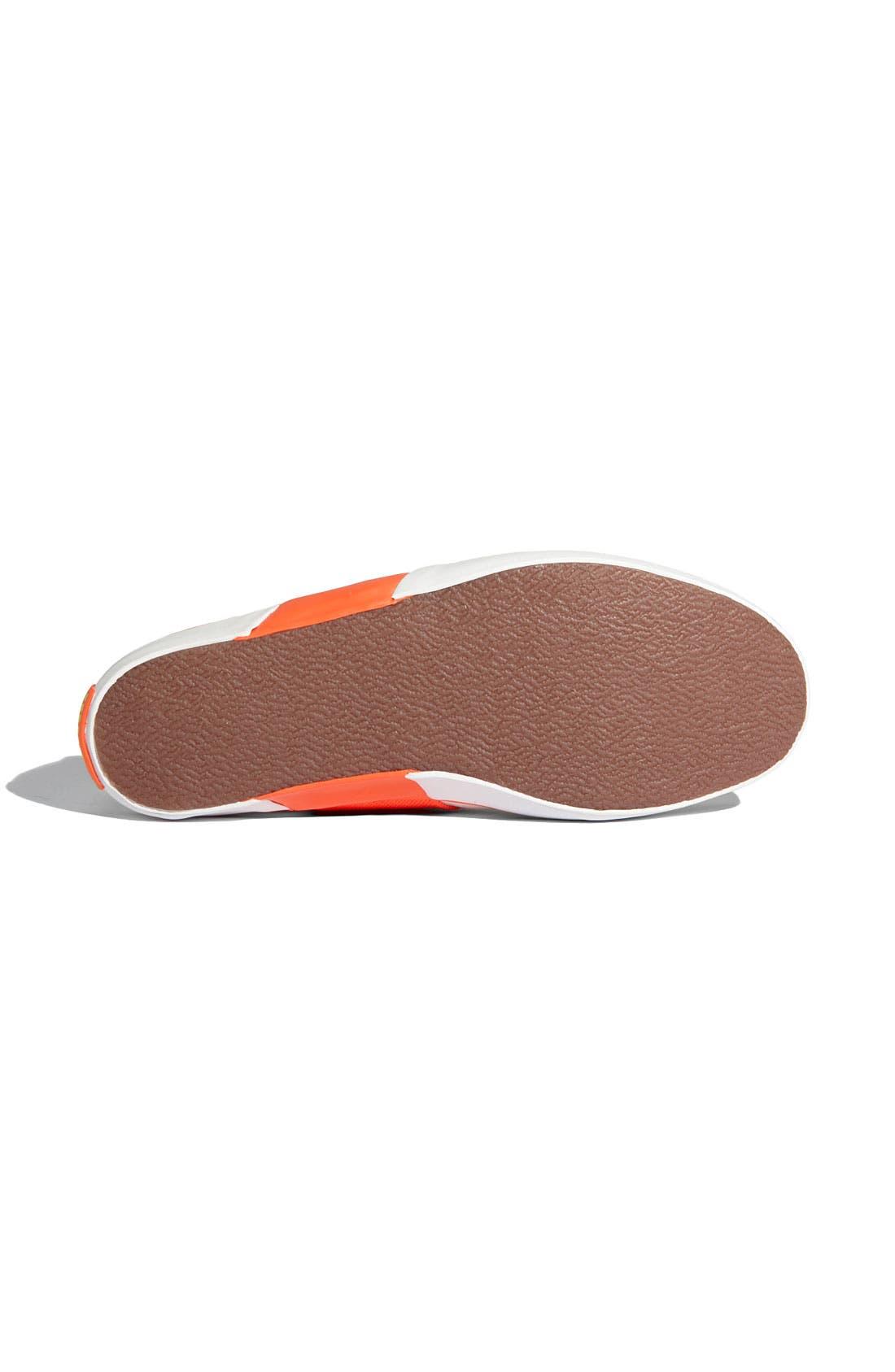 Alternate Image 4  - PUMA 'Lazy' Sneaker (Women)