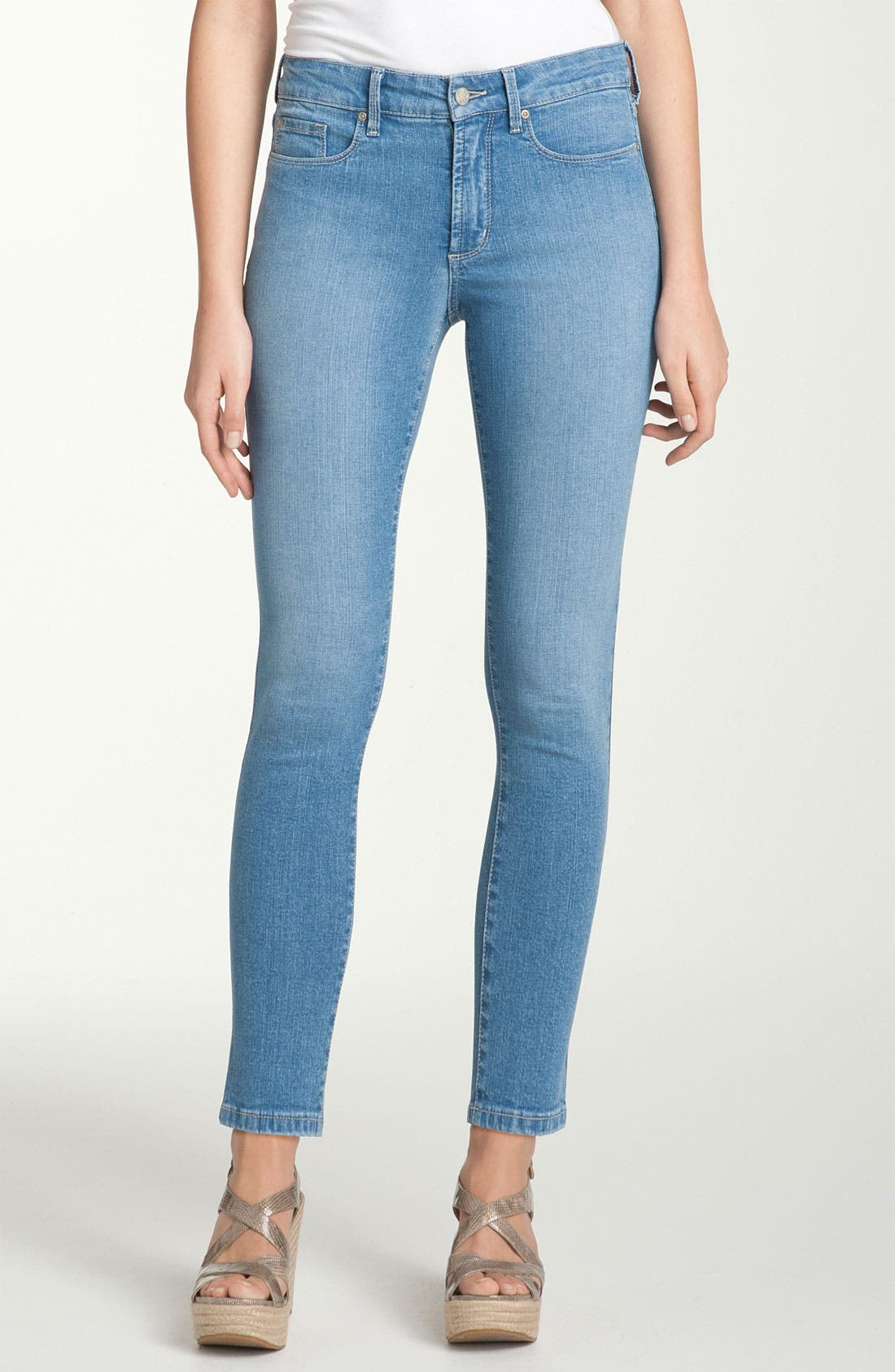 Alternate Image 1 Selected - NYDJ 'Cora' Crop Jeans (Petite)