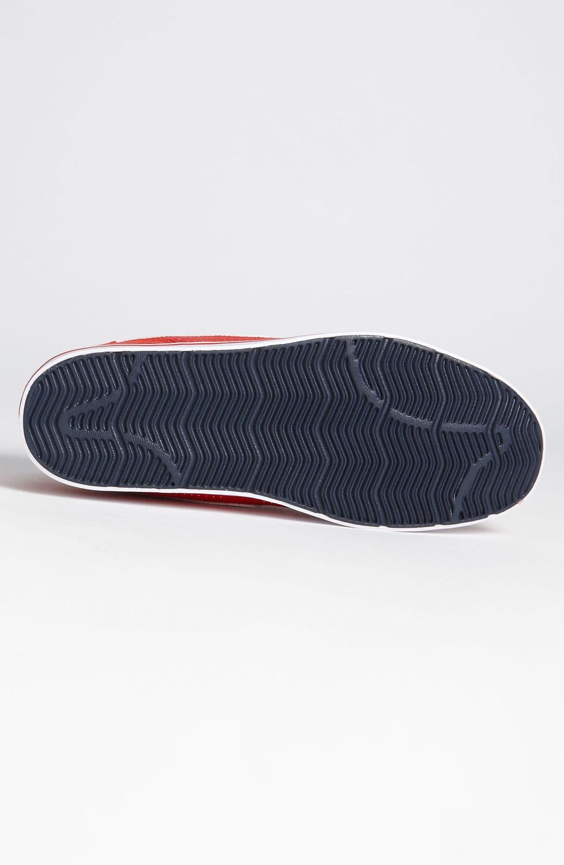 Alternate Image 4  - Nike 'Ruckus Low' Sneaker (Men)