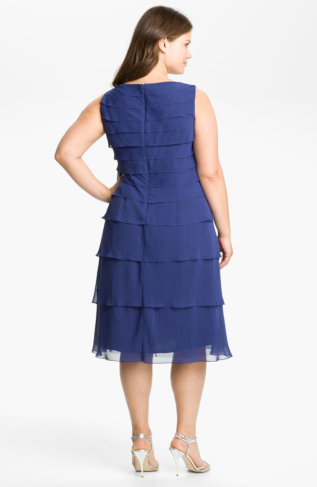 Alternate Image 2  - Alex Evenings Tiered Chiffon Dress & Bolero (Plus)