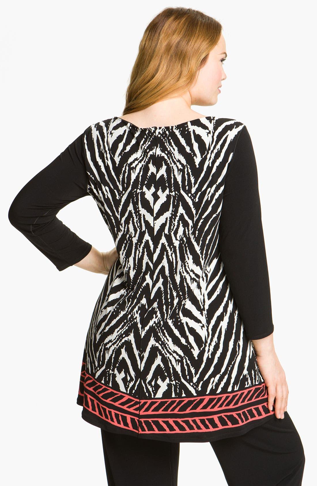 Alternate Image 2  - Eva Varro Print Knit Tunic (Plus)