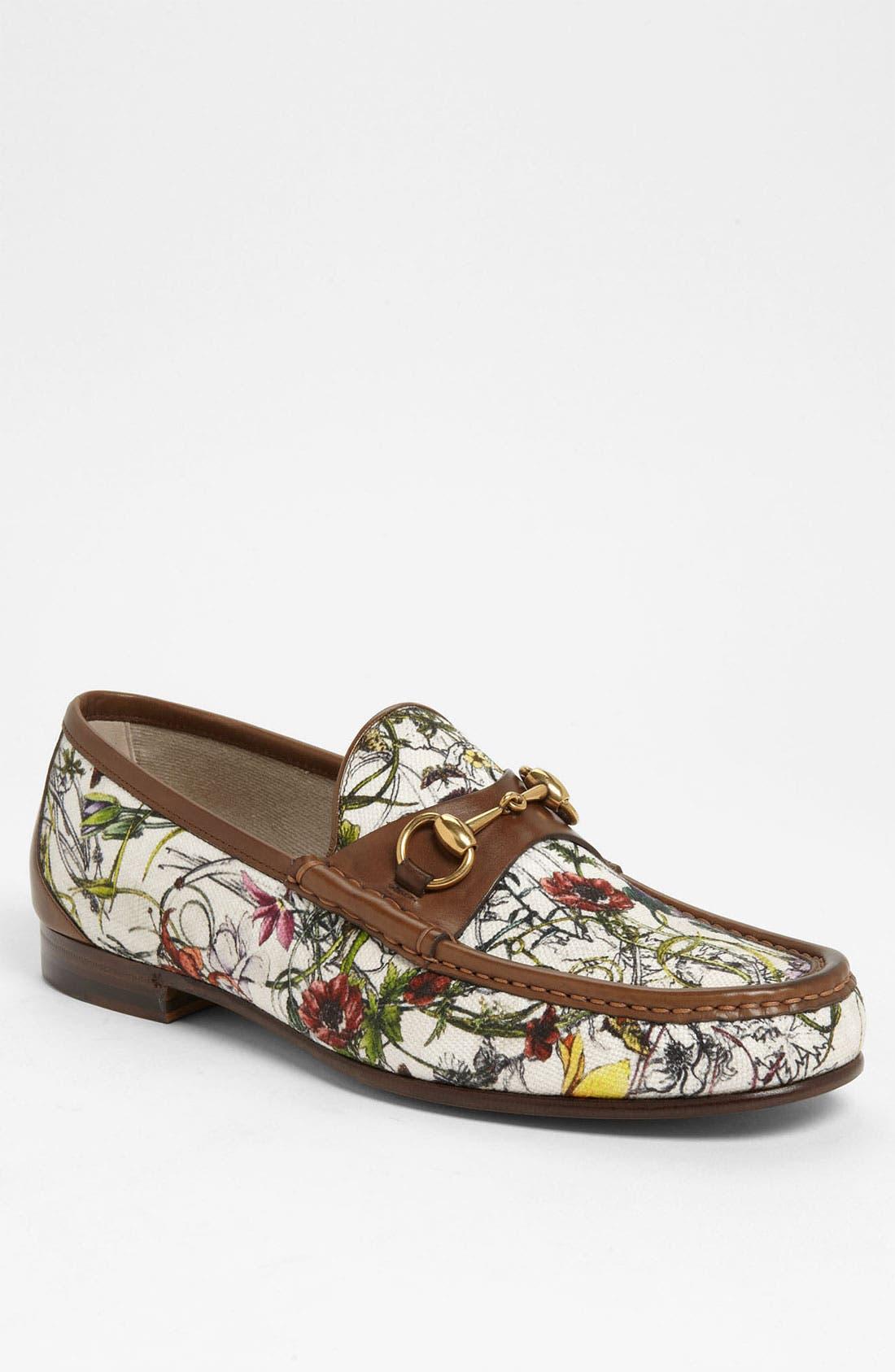 Alternate Image 1 Selected - Gucci 'Roos' Floral Bit Loafer