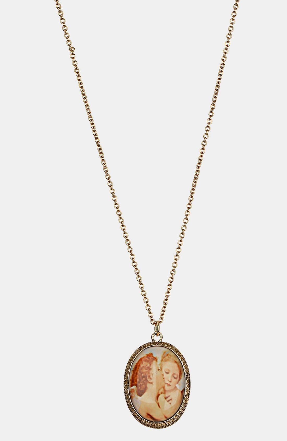 Main Image - Topshop Cherub Print Pendant Necklace