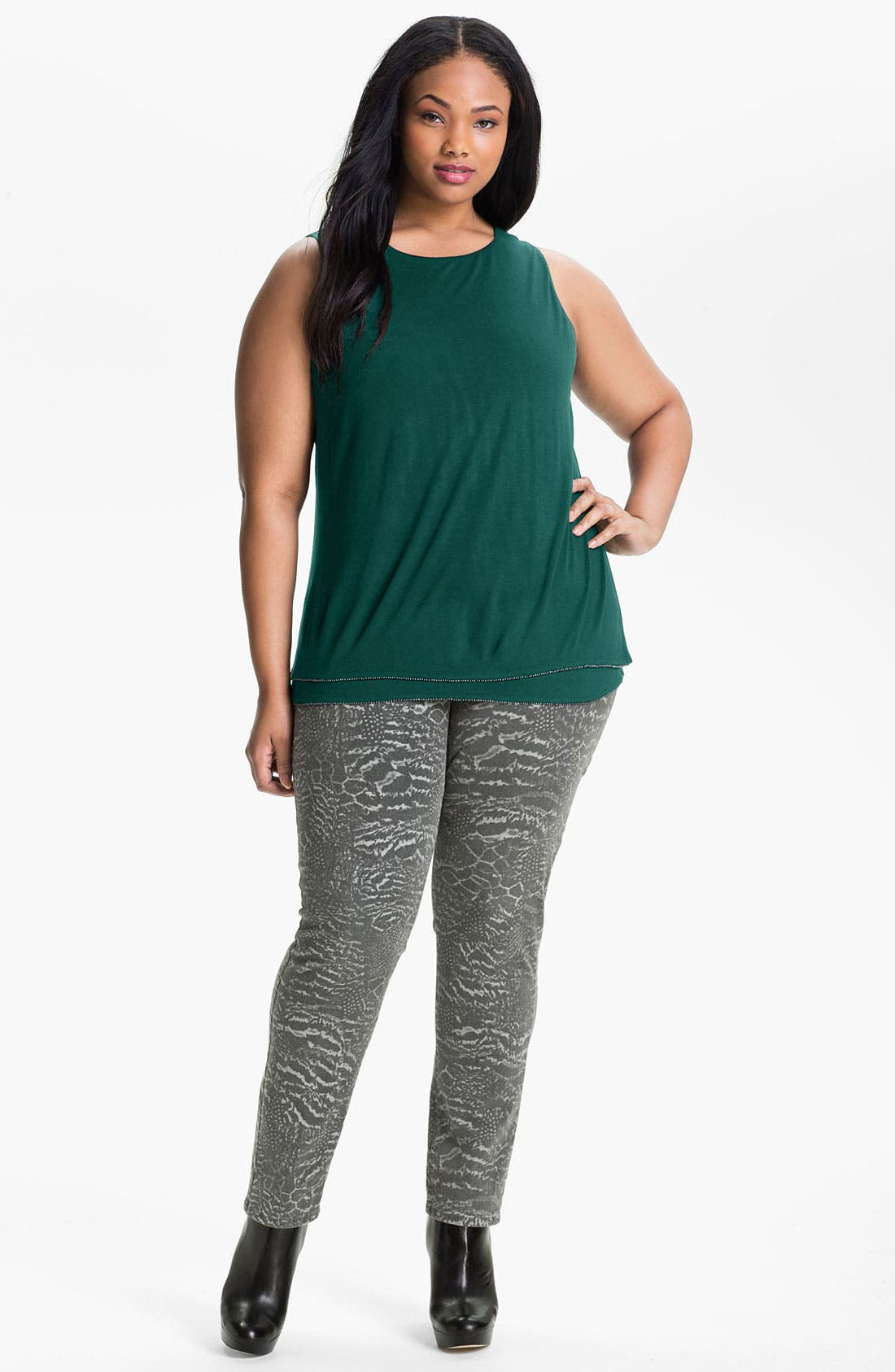 Alternate Image 1 Selected - Sejour Tiered Hem Knit Top (Plus)