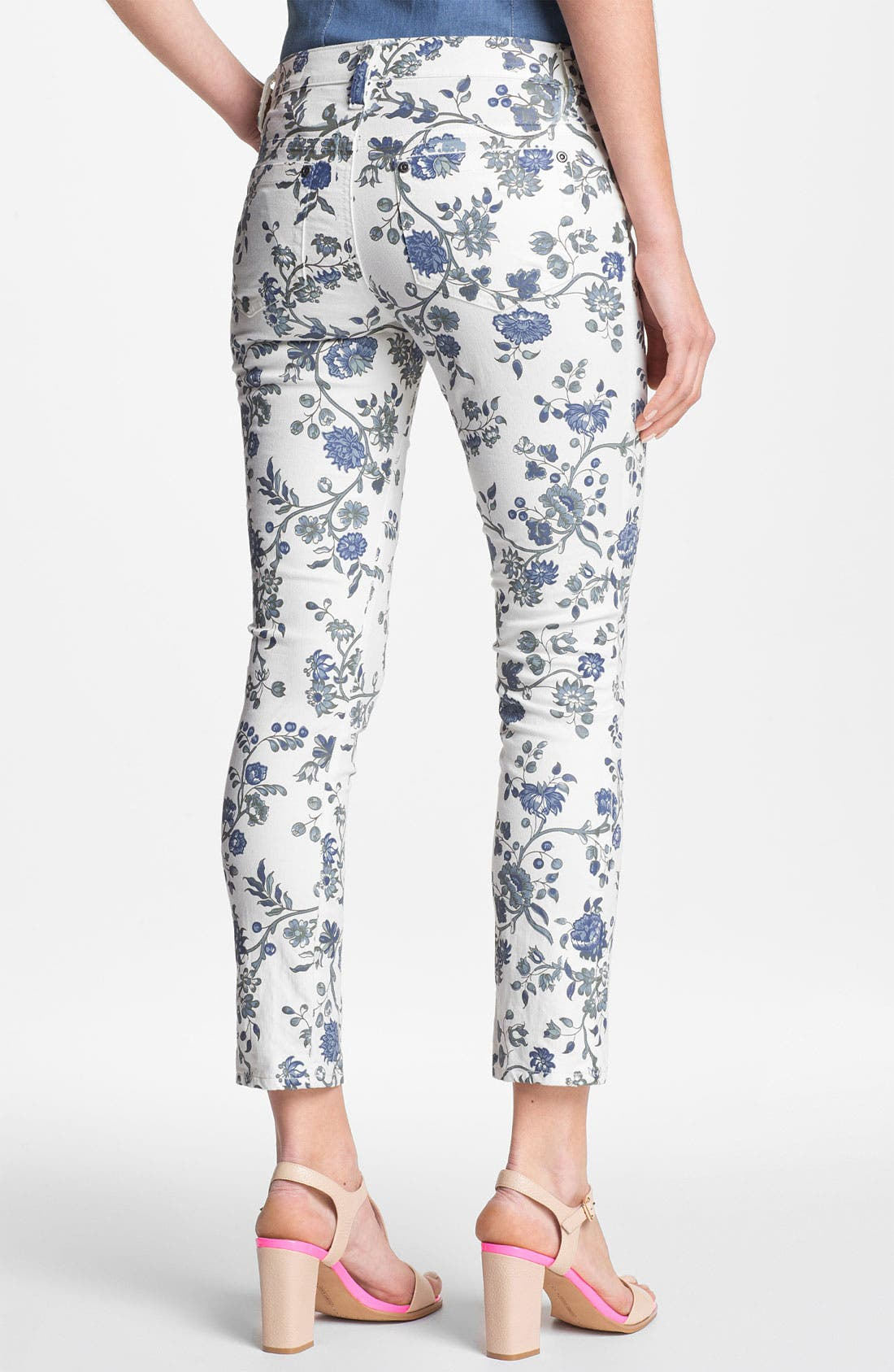 Alternate Image 2  - Two by Vince Camuto Floral Ankle Jeans (New Ivory)