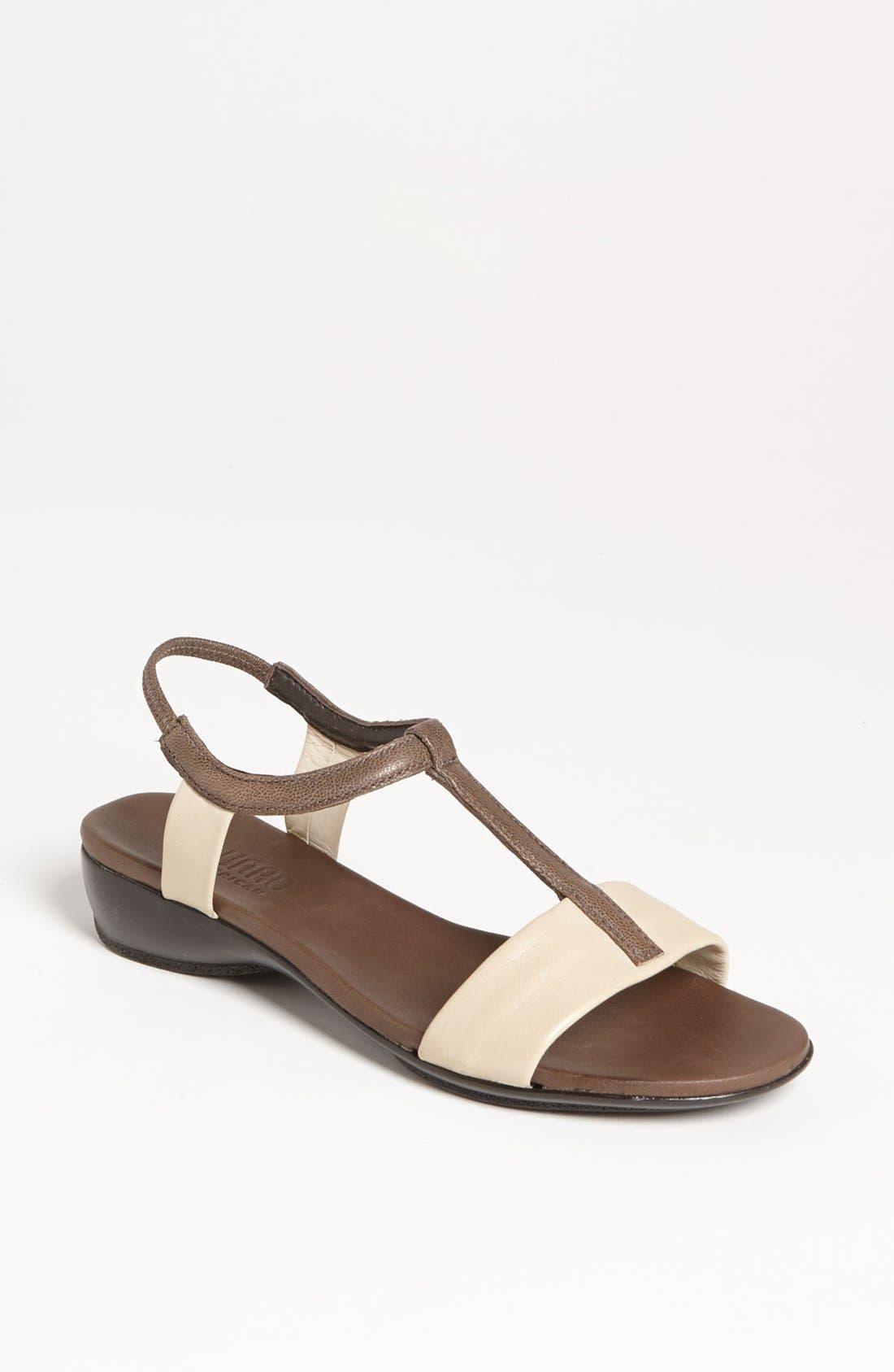 Main Image - Munro 'Faran' Sandal (Special Purchase)