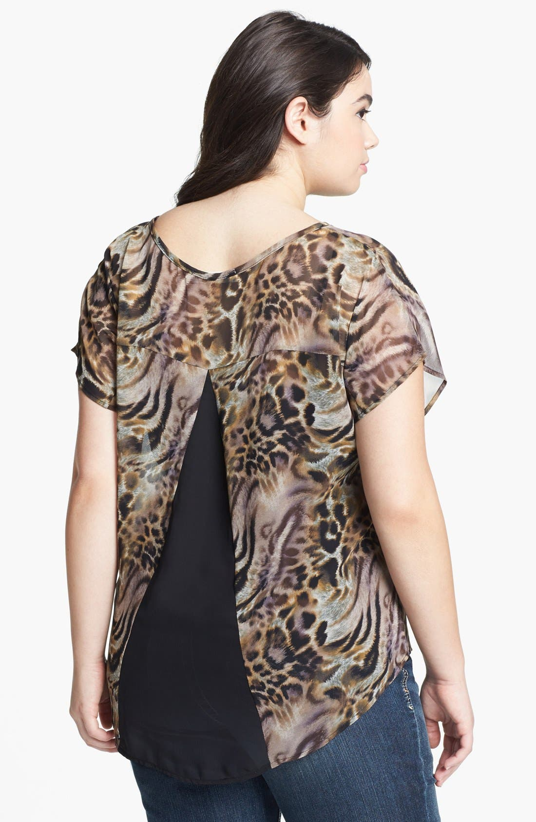 Alternate Image 2  - Painted Threads High/Low Print Top (Juniors Plus)