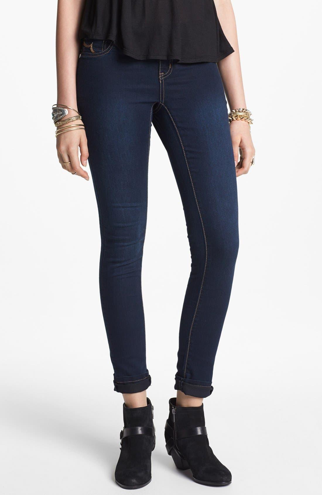 Alternate Image 1 Selected - INSTANT VINTAGE Stretch Denim 'Olivia' Skinny Jeans (Dark) (Juniors)