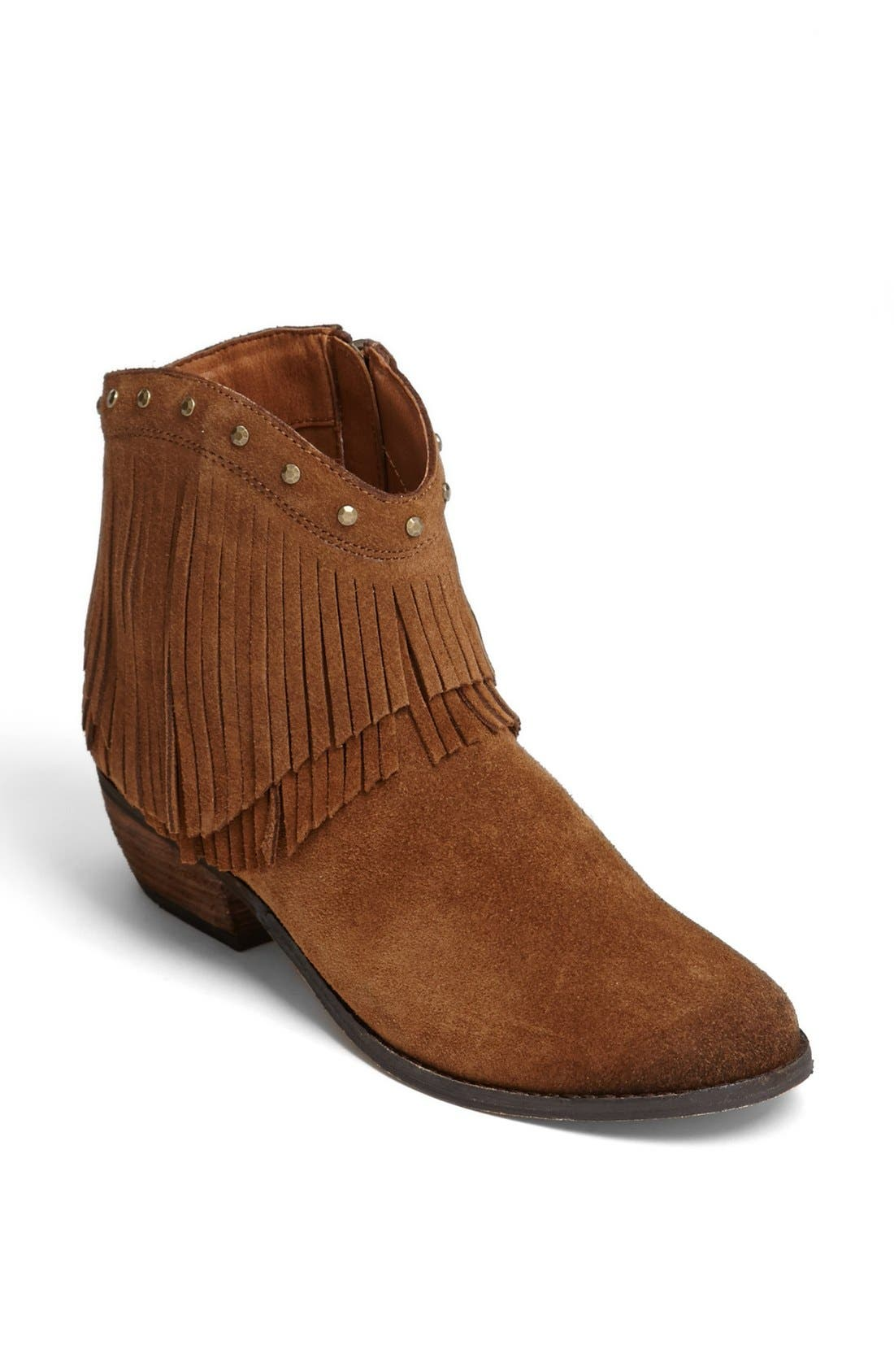 Alternate Image 1 Selected - Minnetonka 'Bandera' Boot
