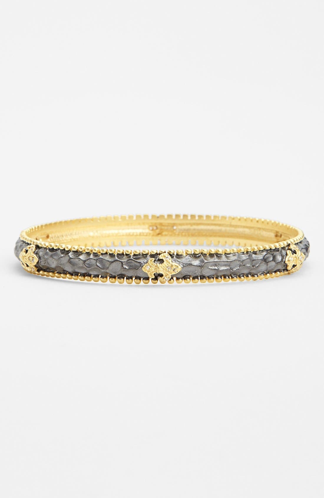 Main Image - FREIDA ROTHMAN 'Tribeca' Fleur de Lis Station Hammered Bangle