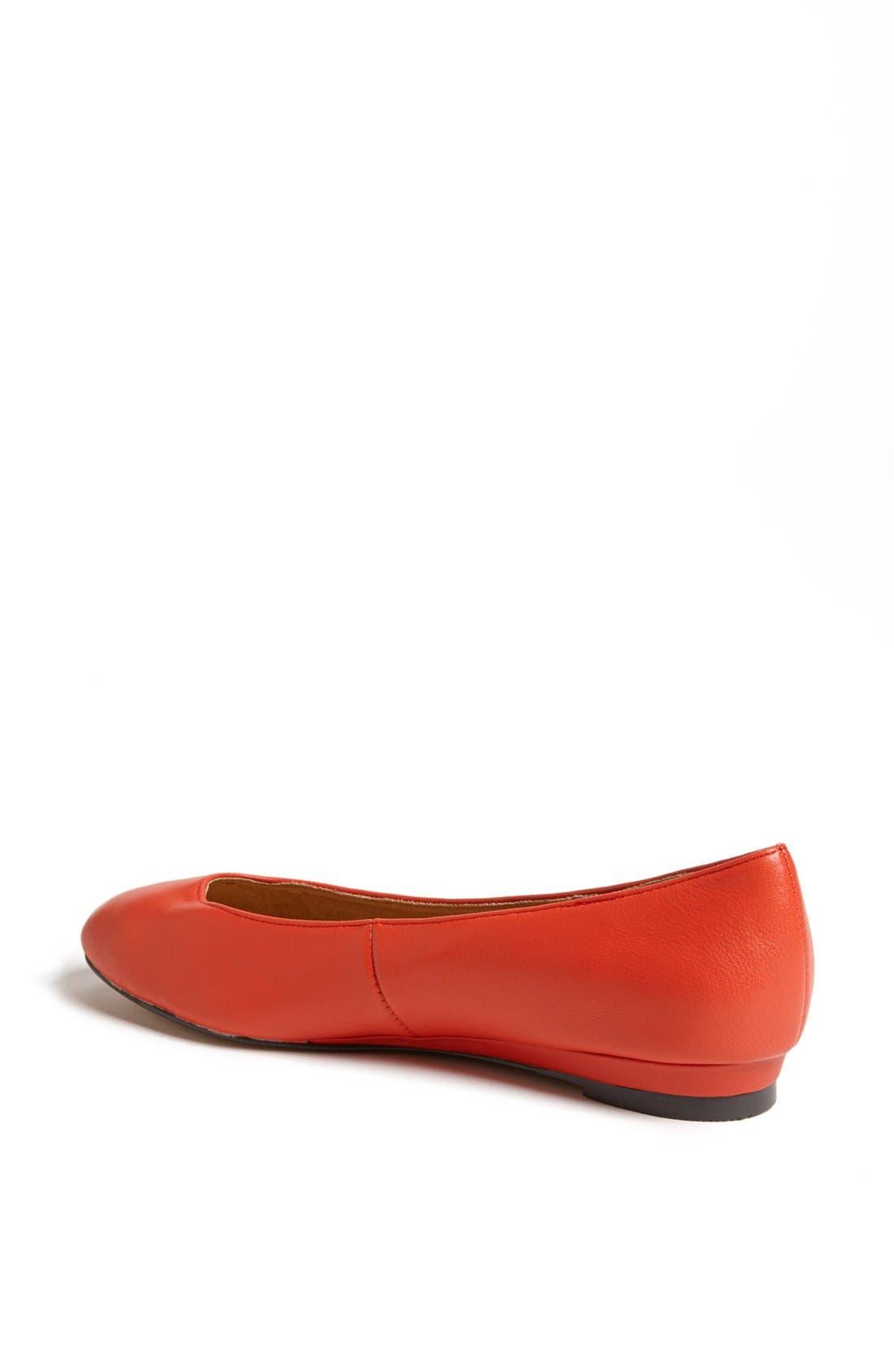 Alternate Image 2  - Topshop 'Mello - Mini Wedge' Court Shoe