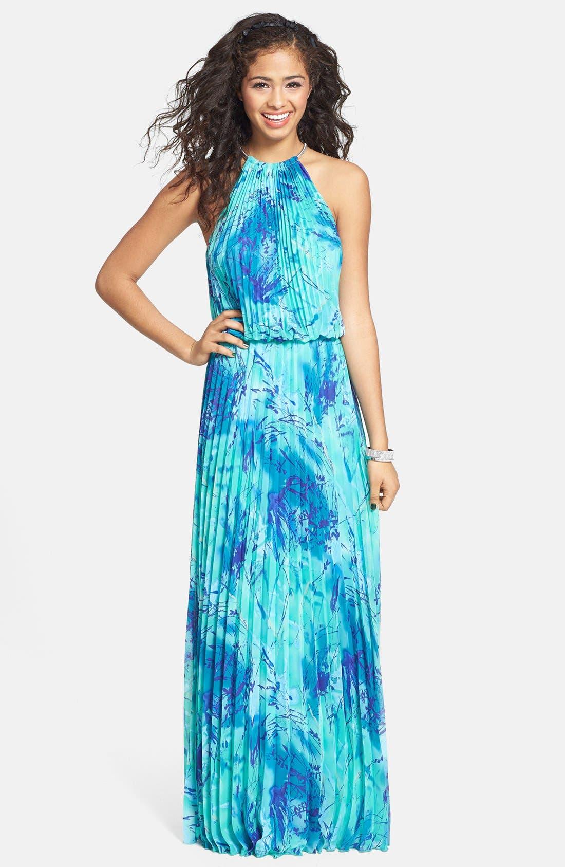 Main Image - Xscape Print Pleated Blouson Gown