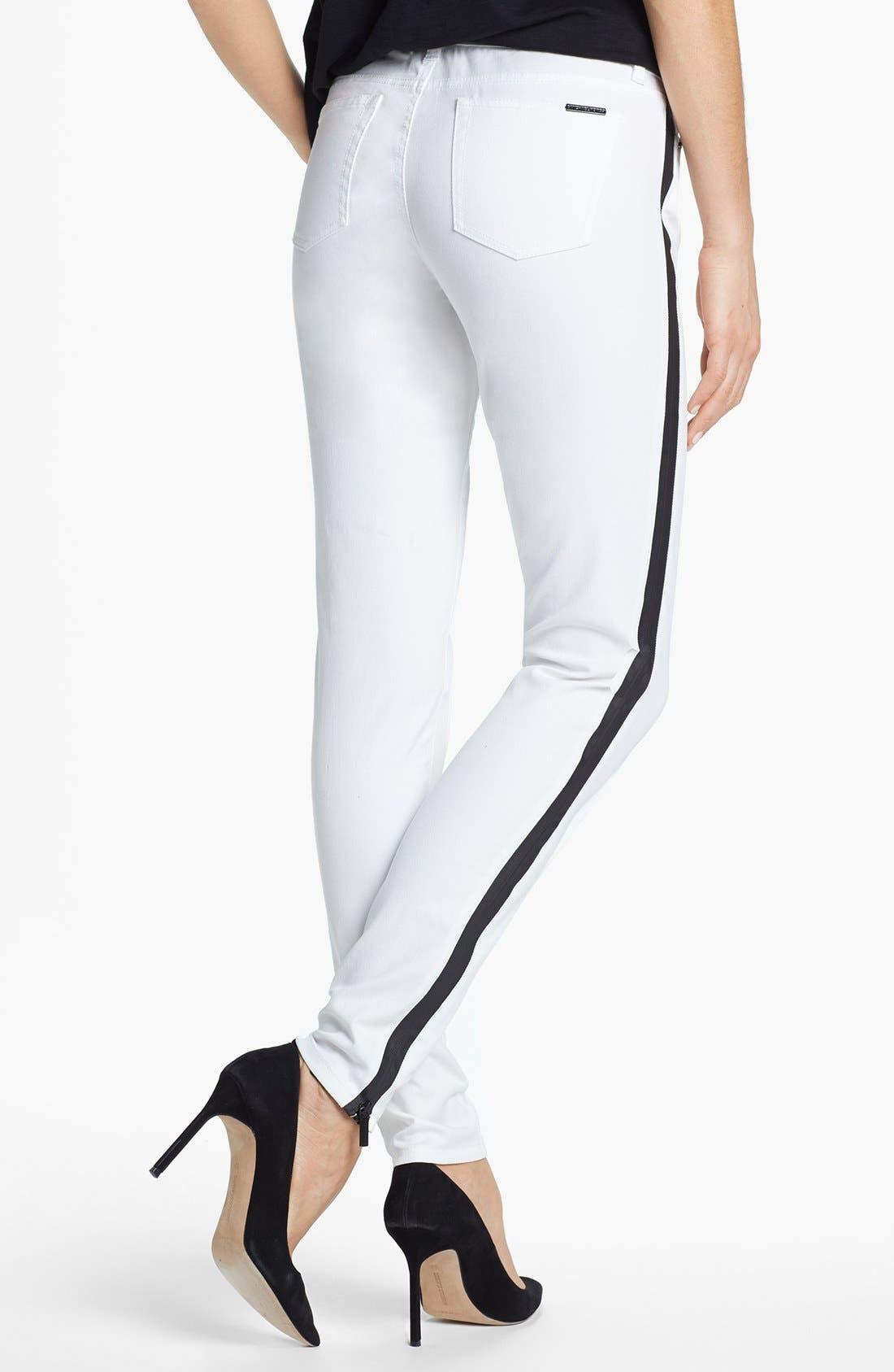 Alternate Image 2  - MICHAEL Michael Kors Contrast Trim Skinny Jeans (White)