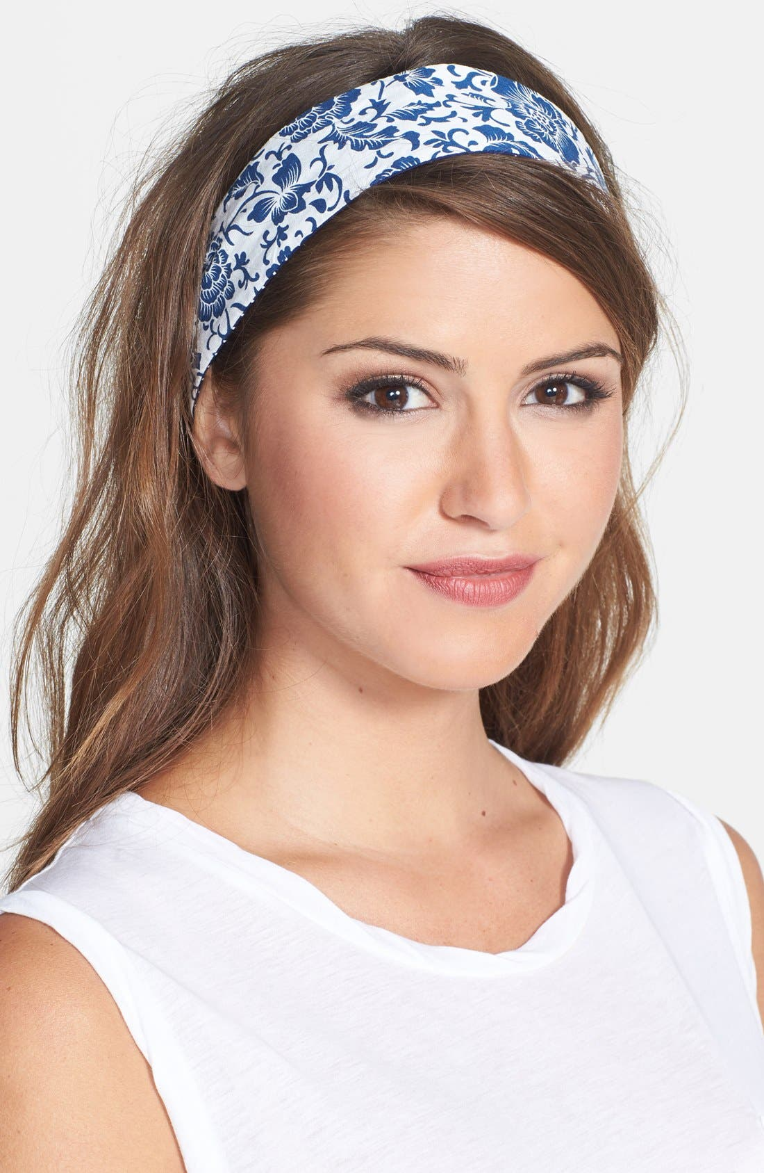 Alternate Image 2  - Berry Reversible Wire Head Wrap