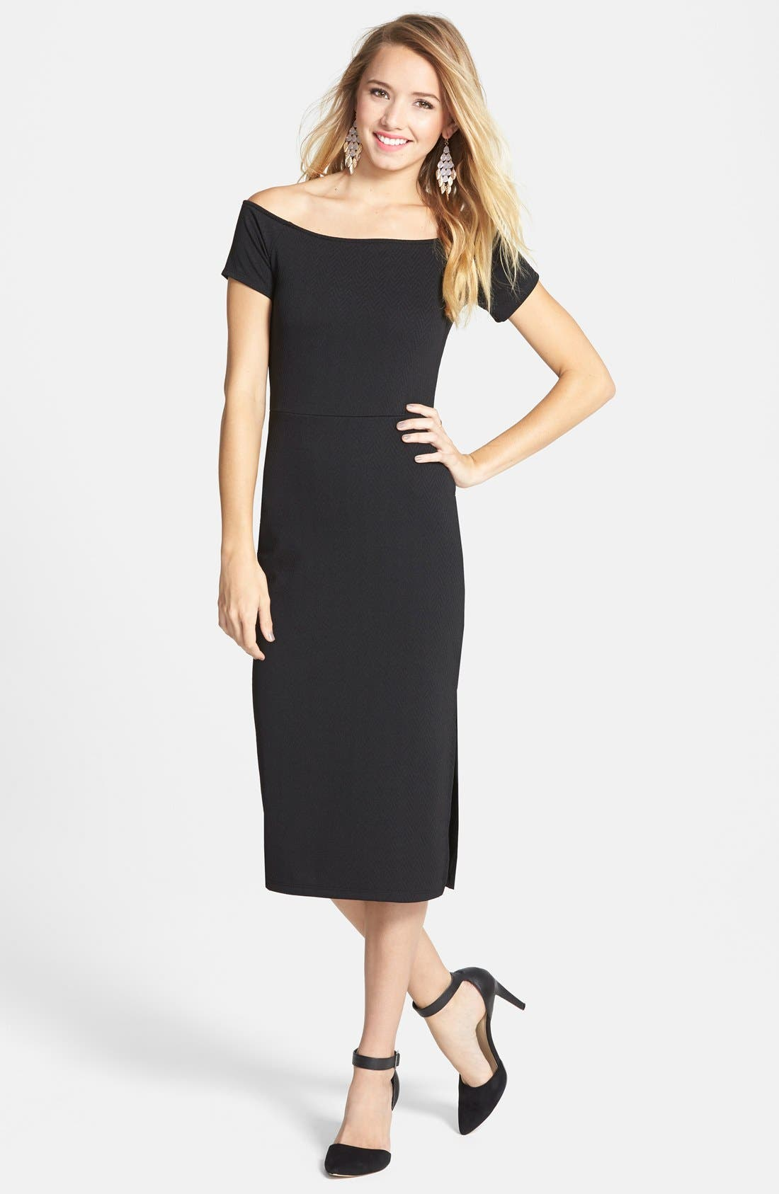 Main Image - Painted Threads Textured Body-Con Midi Dress (Juniors)