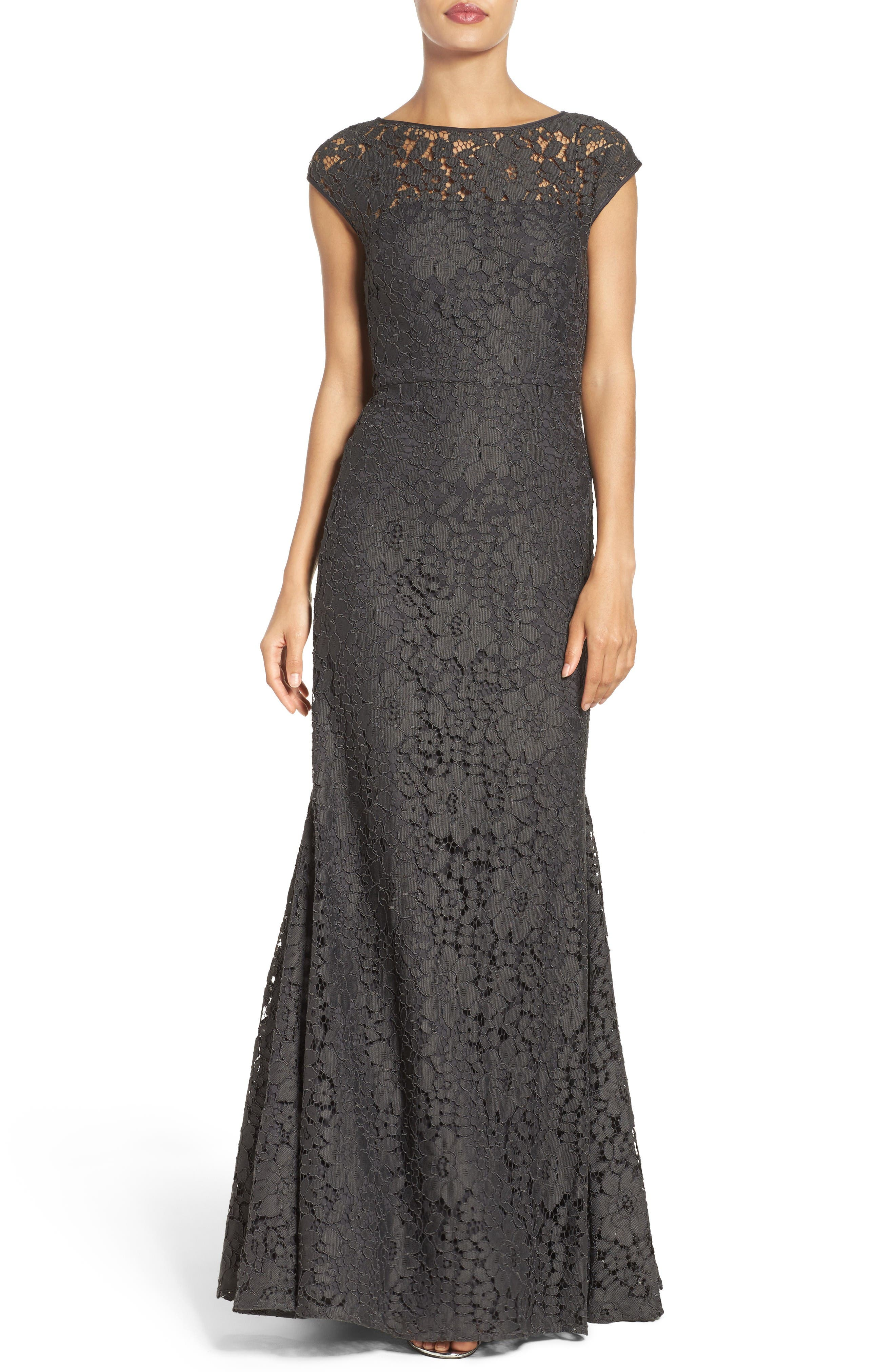 Alternate Image 1 Selected - Vera Wang Mermaid Gown