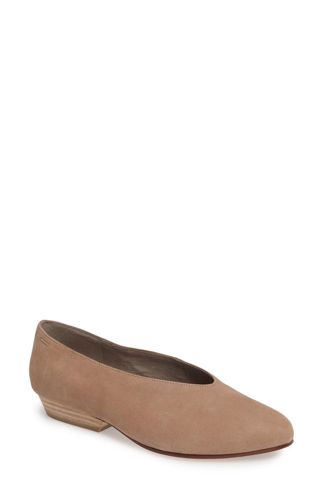 Alternate Image 1 Selected - Eileen Fisher Sabin Glove Shoe (Women)