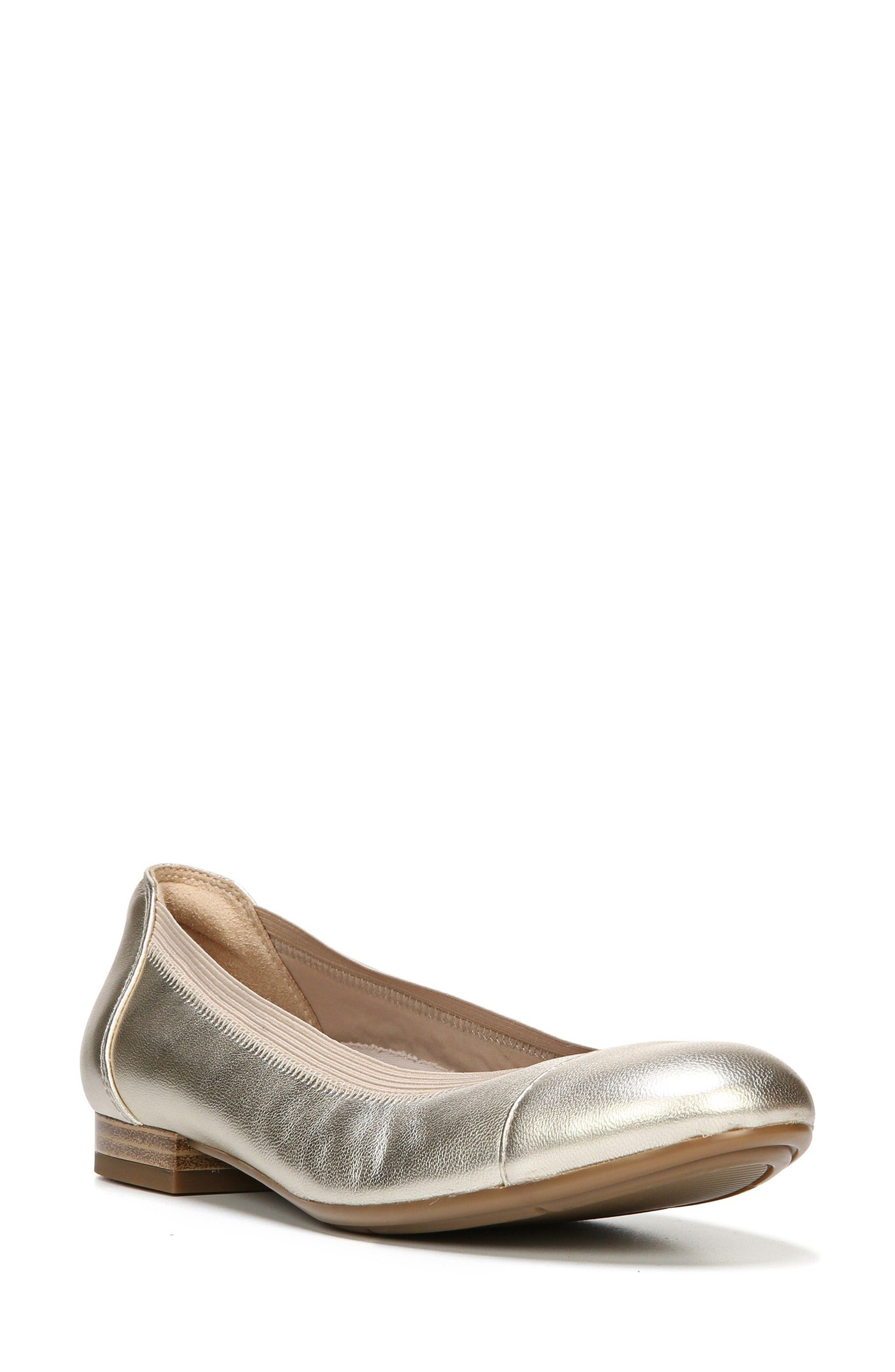 Naturalizer Therese Cap Toe Flat (Women)