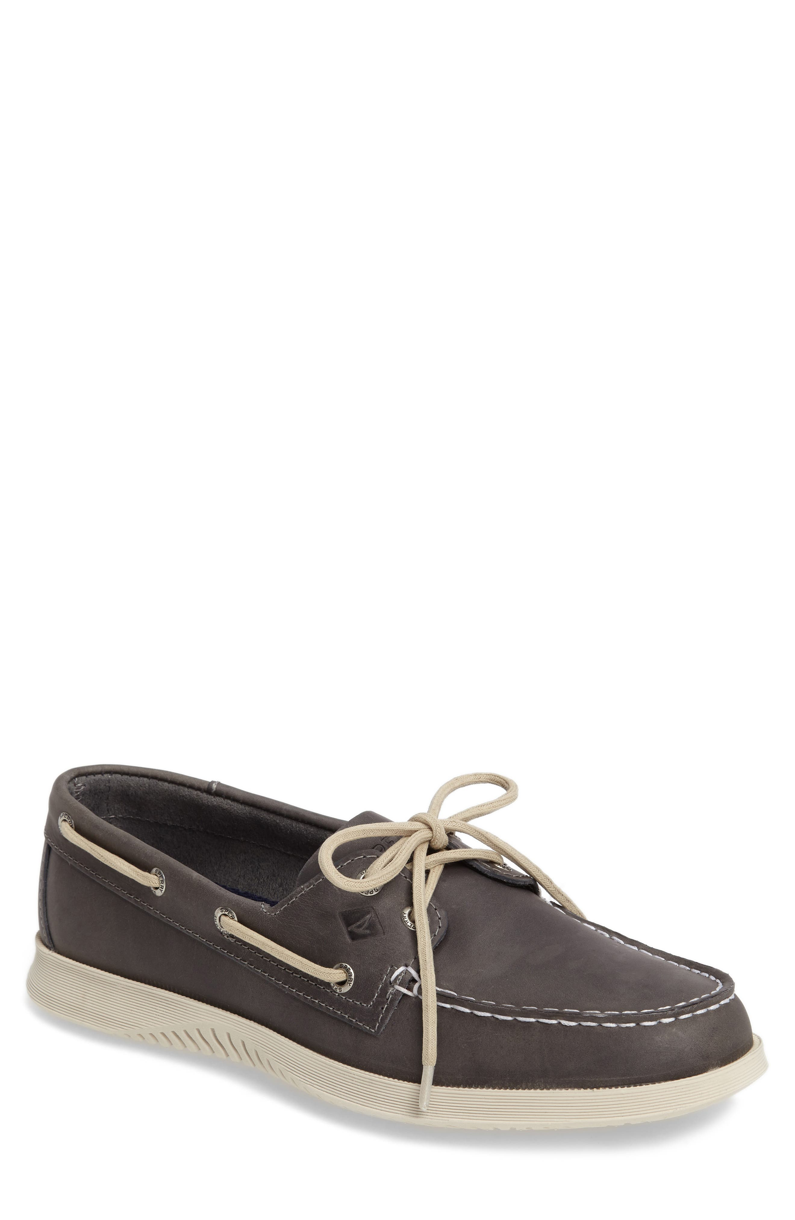 Sperry Quest Boat Shoe (Men)