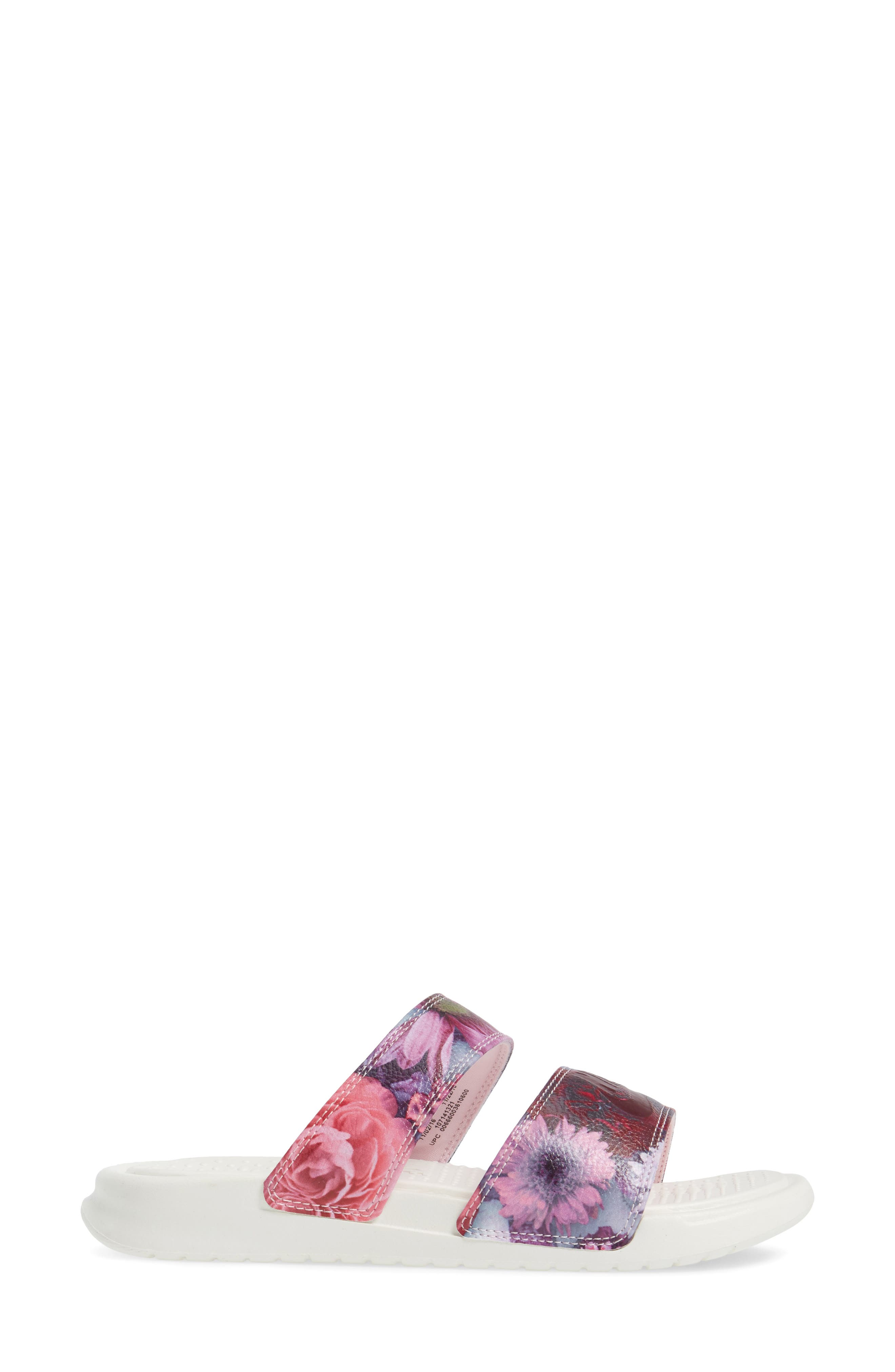 Alternate Image 3  - Nike Benassi Duo Ultra Slide Sandal (Women)