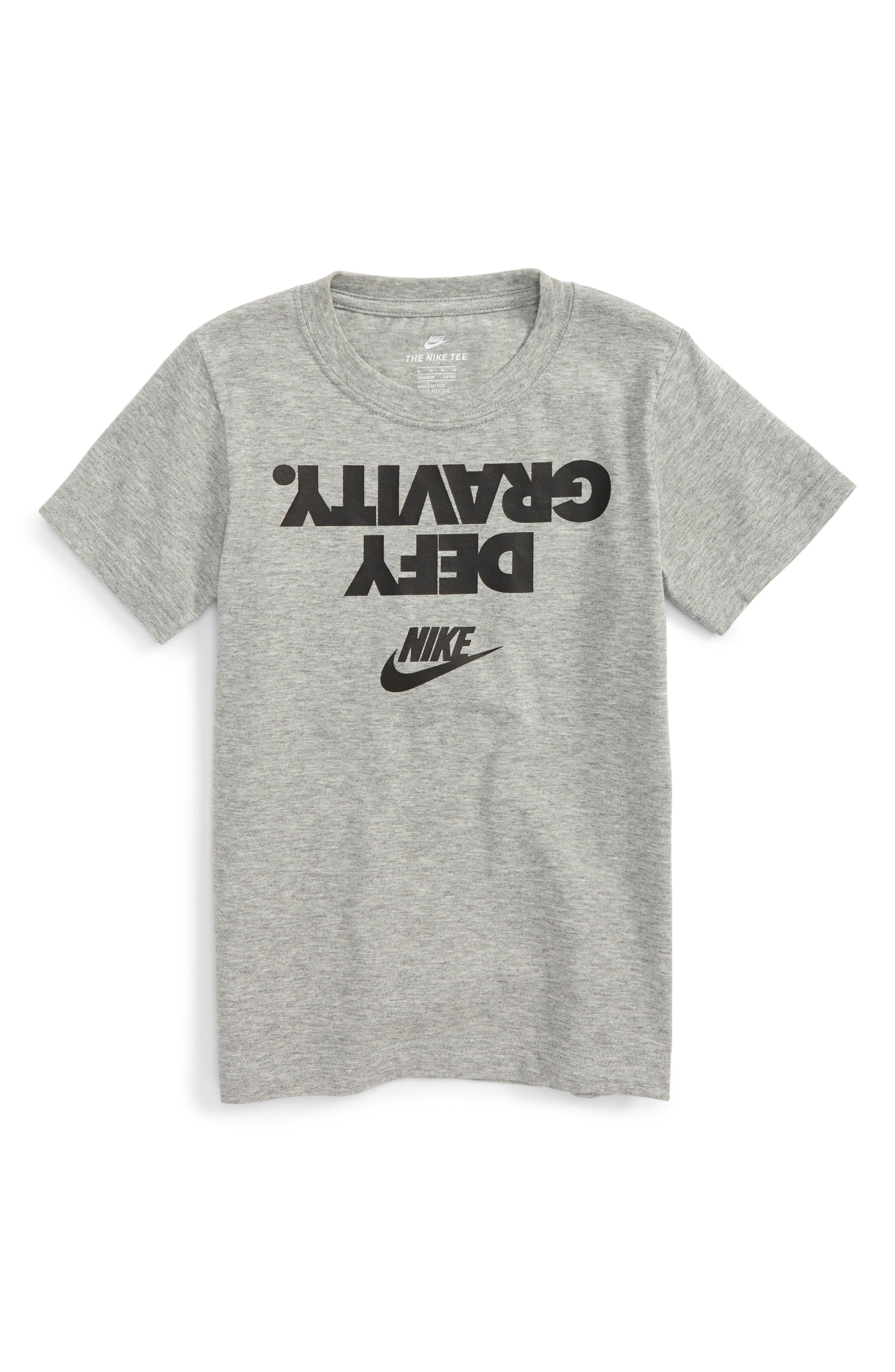 Nike Defy Gravity Graphic T-Shirt