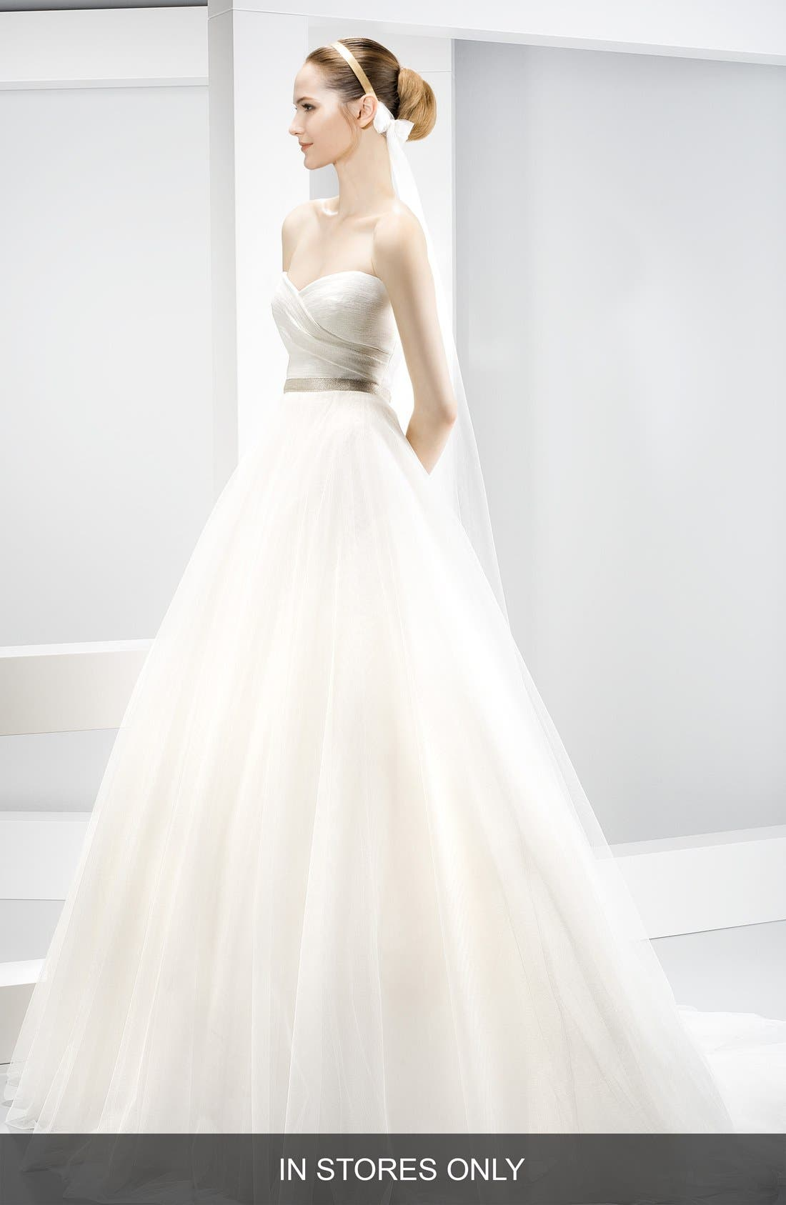 JESÚS PEIRÓ Strapless Sweetheart Tulle Ballgown