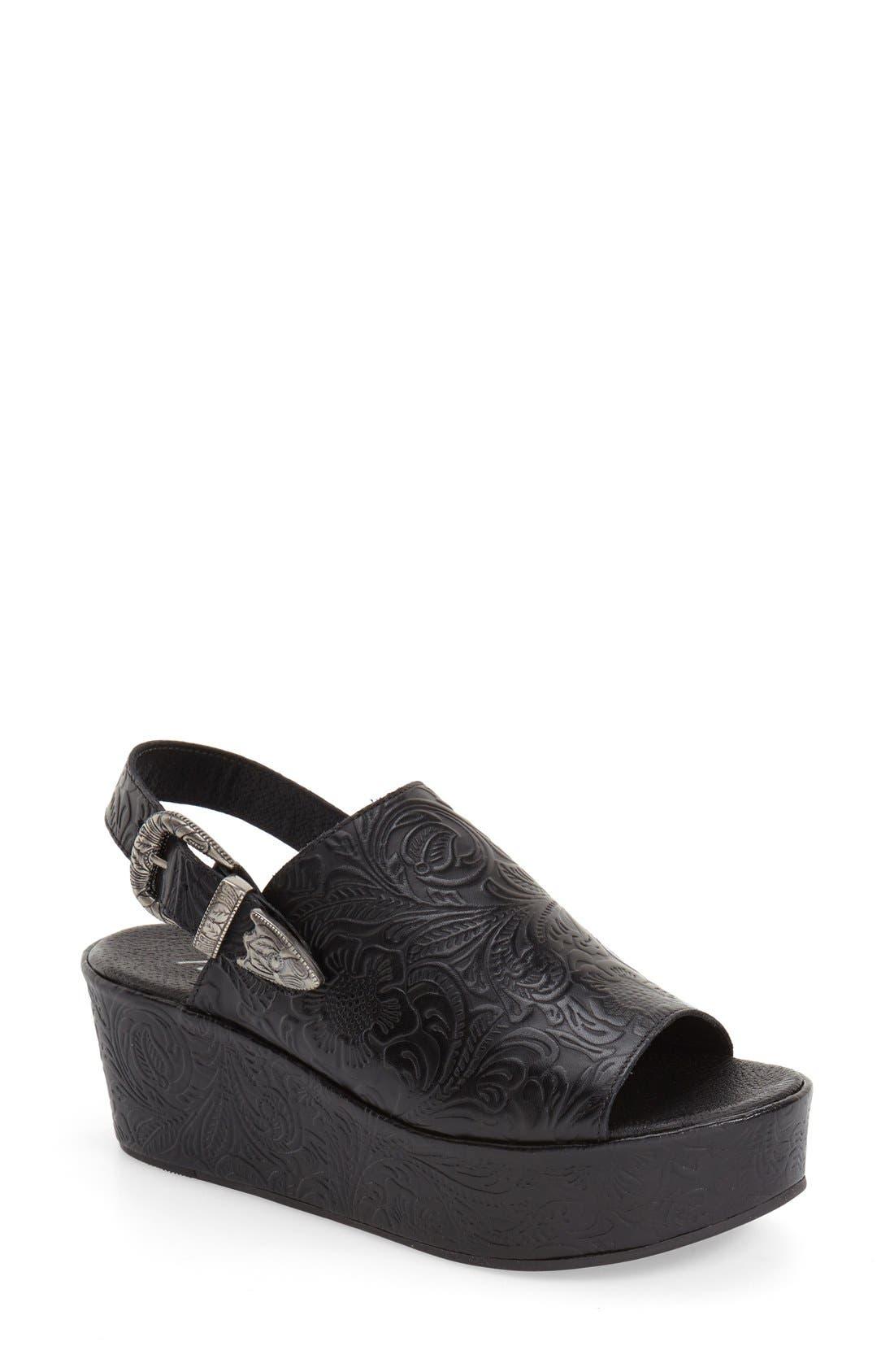 Main Image - Matisse Embossed Slingback Platform Sandal (Women)