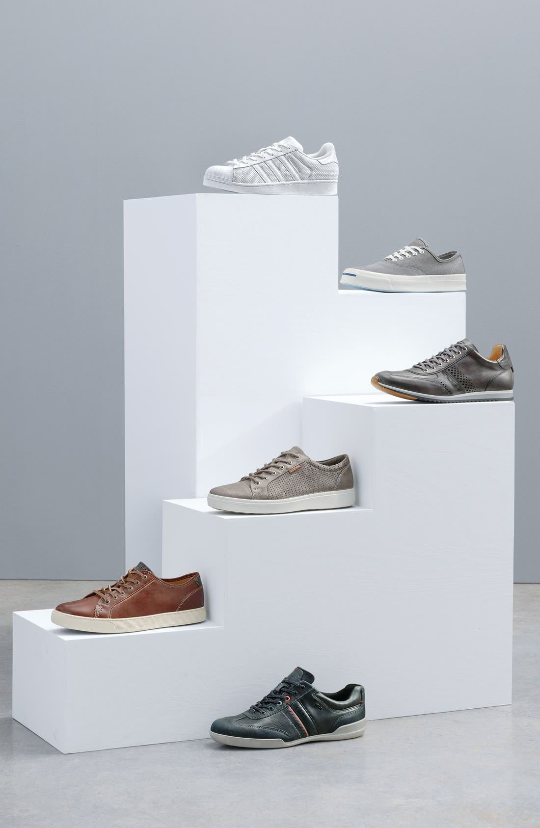 Alternate Image 7  - Magnanni 'Cristian' Sneaker (Men)