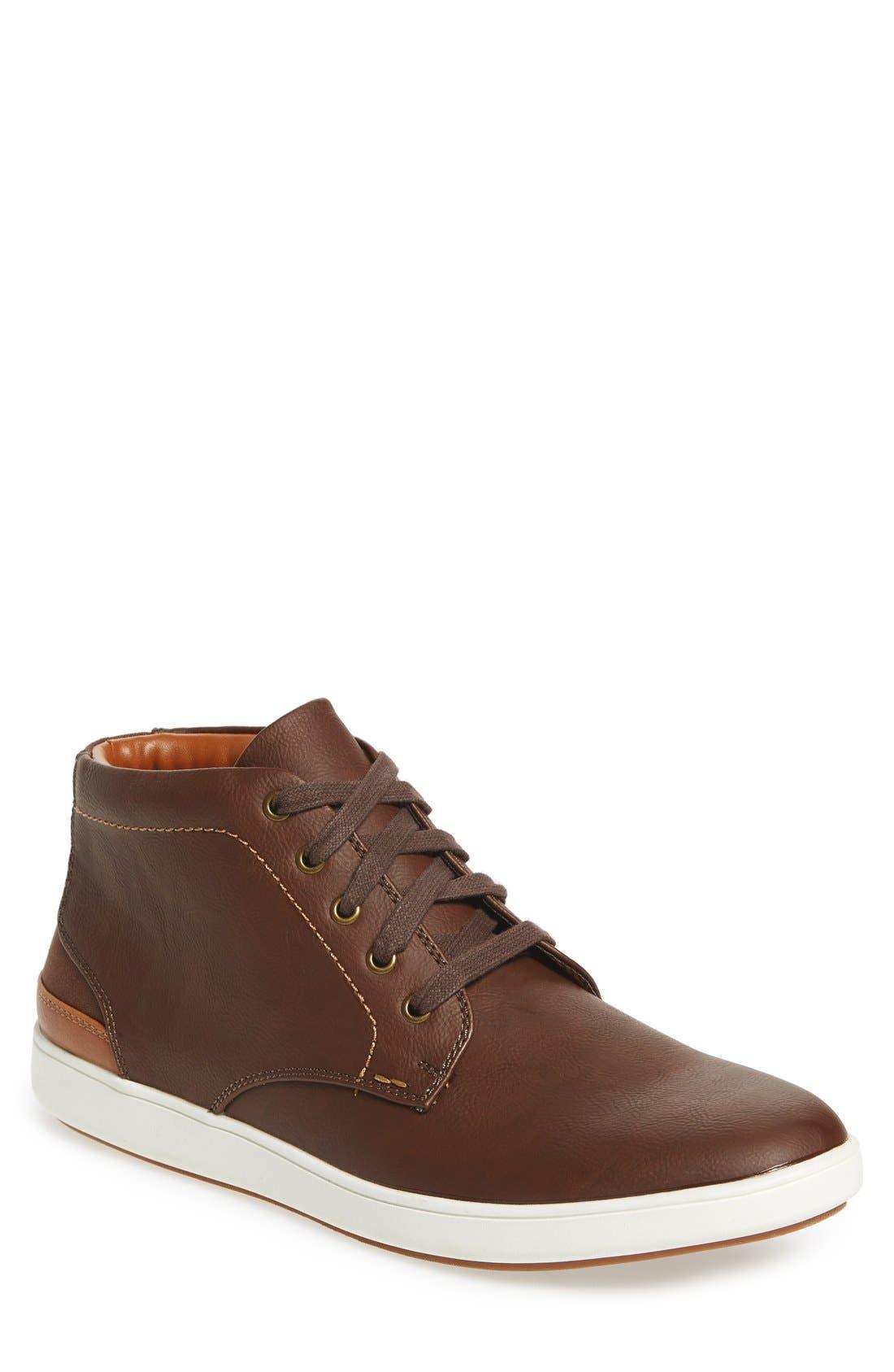 Alternate Image 1 Selected - Steve Madden Freedomm Sneaker (Men)