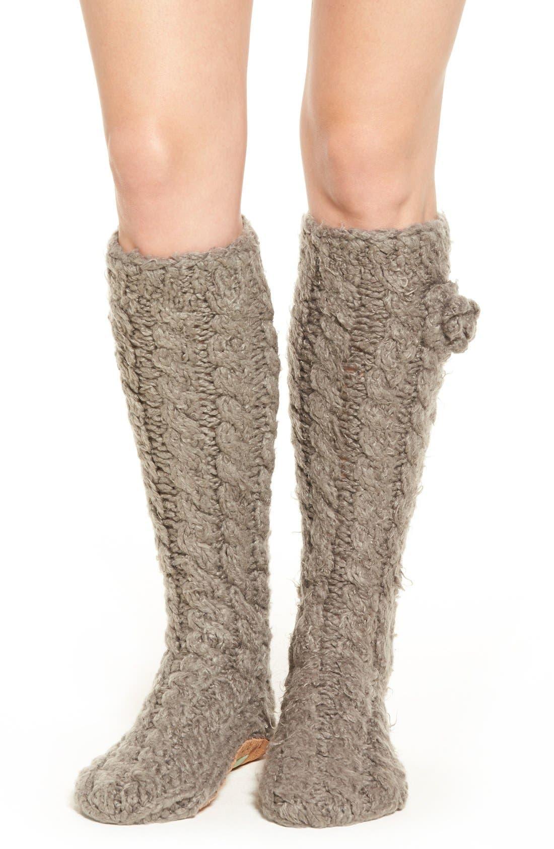 Alternate Image 1 Selected - Lemon 'Garden Marshmallow' Slipper Socks