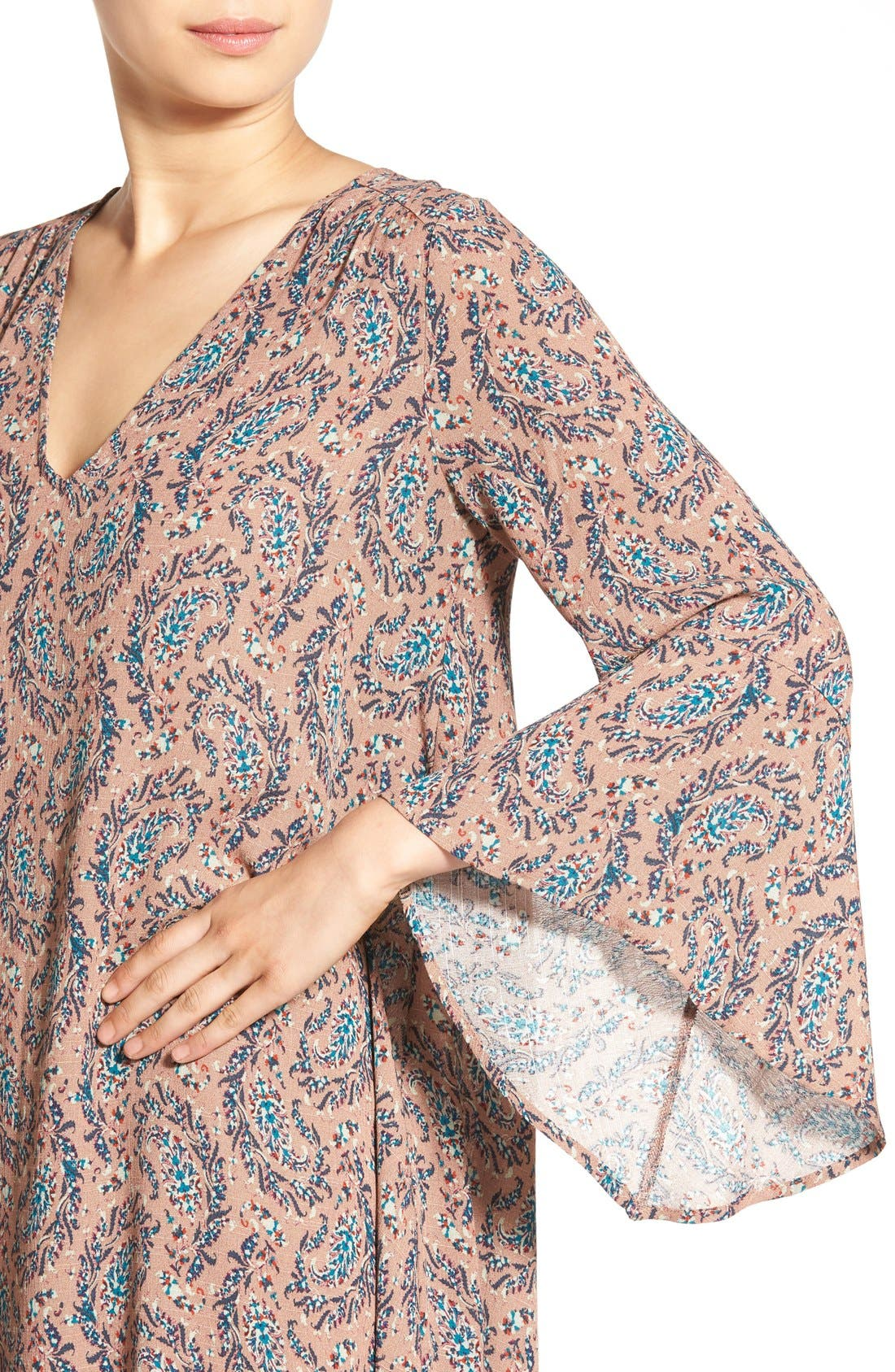 Alternate Image 4  - Lush 'Whitney' Bell Sleeve Woven Shift Dress