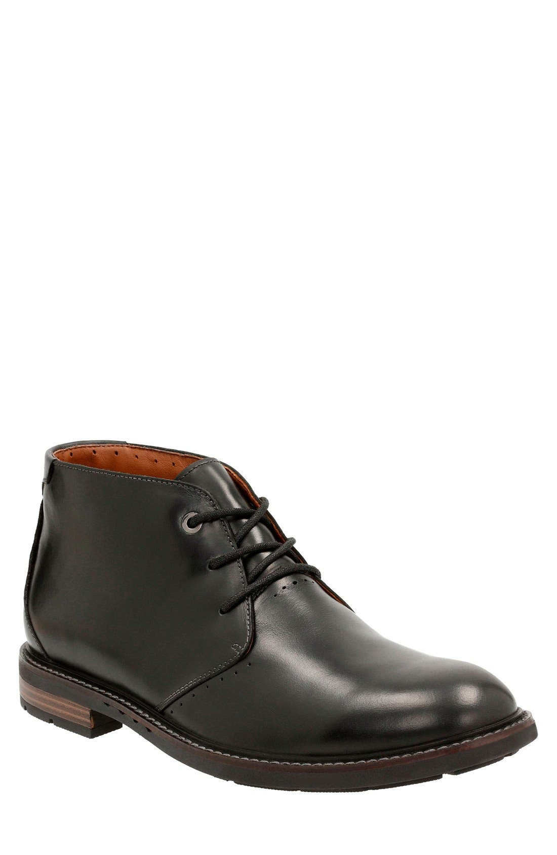 Clarks® 'Unstructured - Elliott' Chukka Boot (Men)