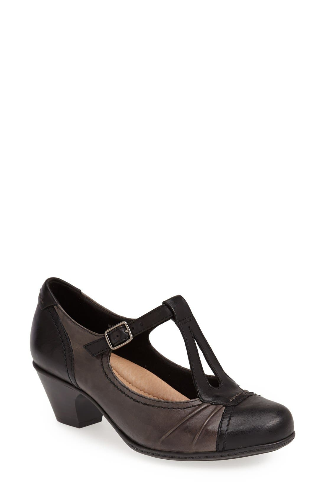 Earth® 'Wanderlust' T-Strap Pump (Women)