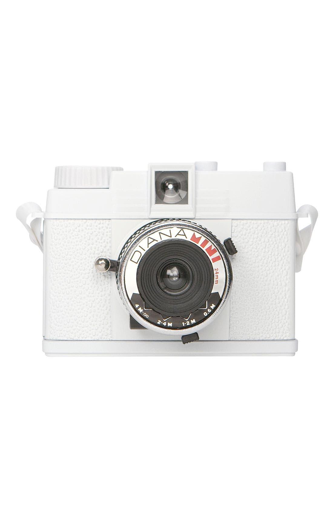 Main Image - Lomography 'Diana Mini' Camera
