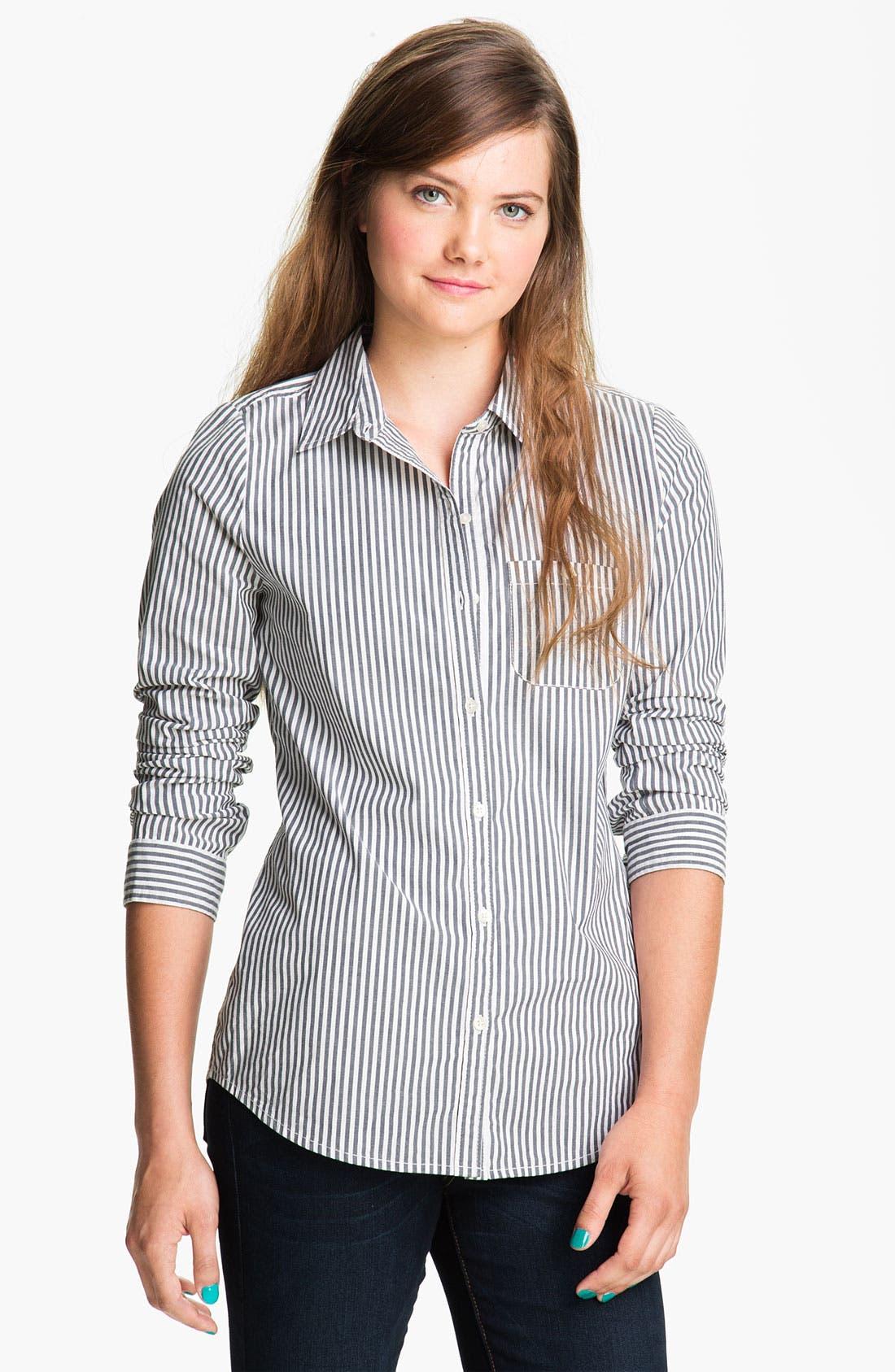 Alternate Image 1 Selected - BP. 'Shrunken Prep' Shirt (Juniors)