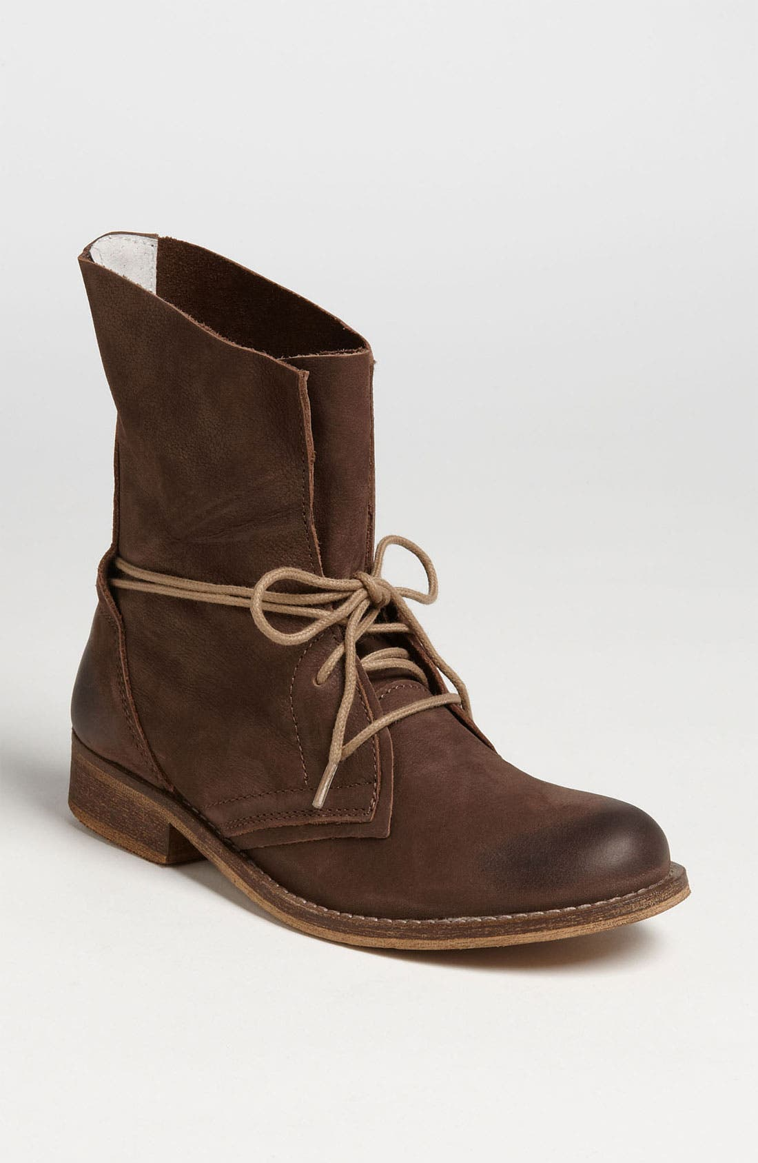 Alternate Image 1 Selected - Steve Madden 'Soluri' Boot