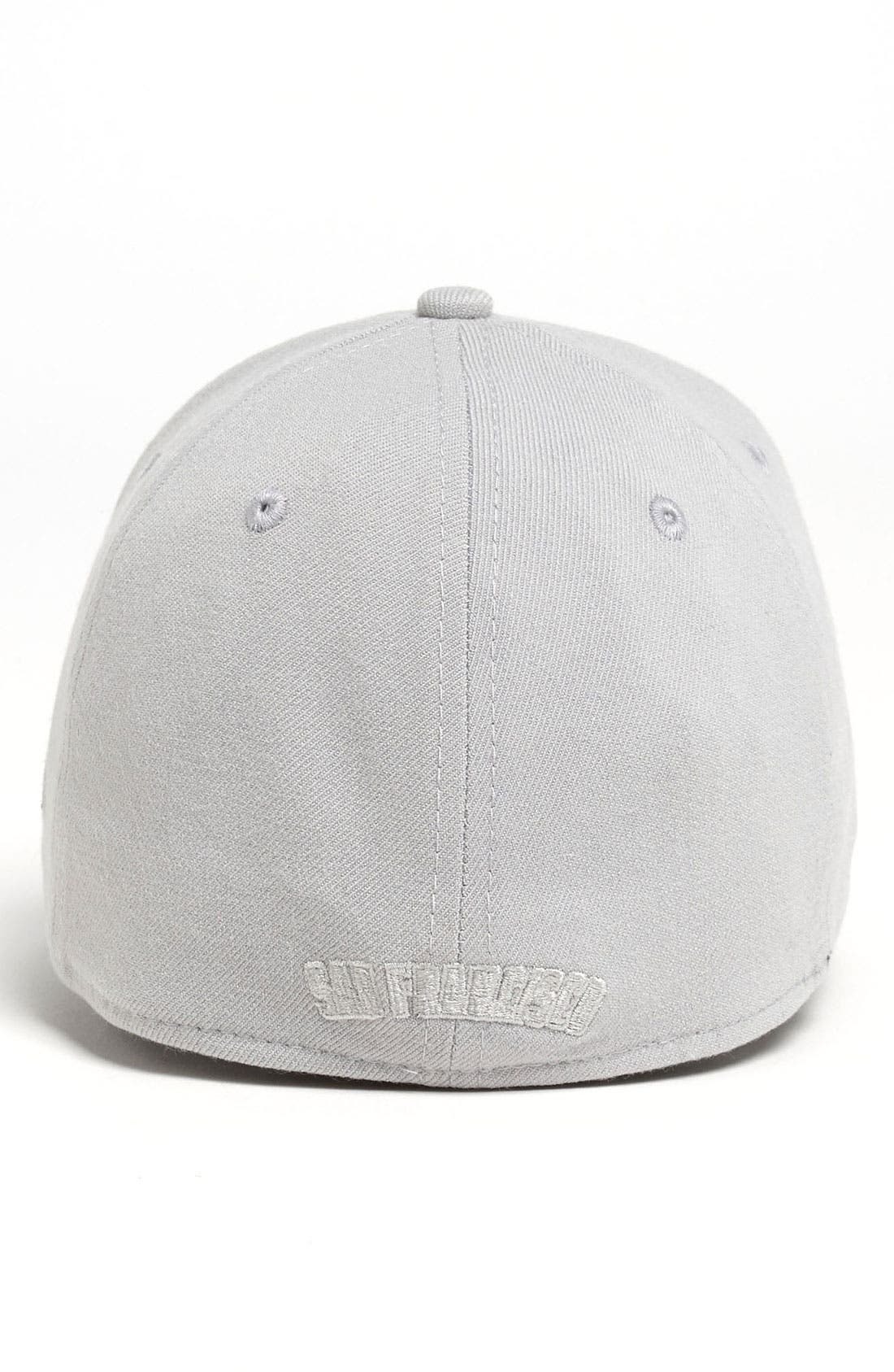 Alternate Image 2  - New Era Cap 'San Francisco Giants - Tonal Classic' Fitted Baseball Cap