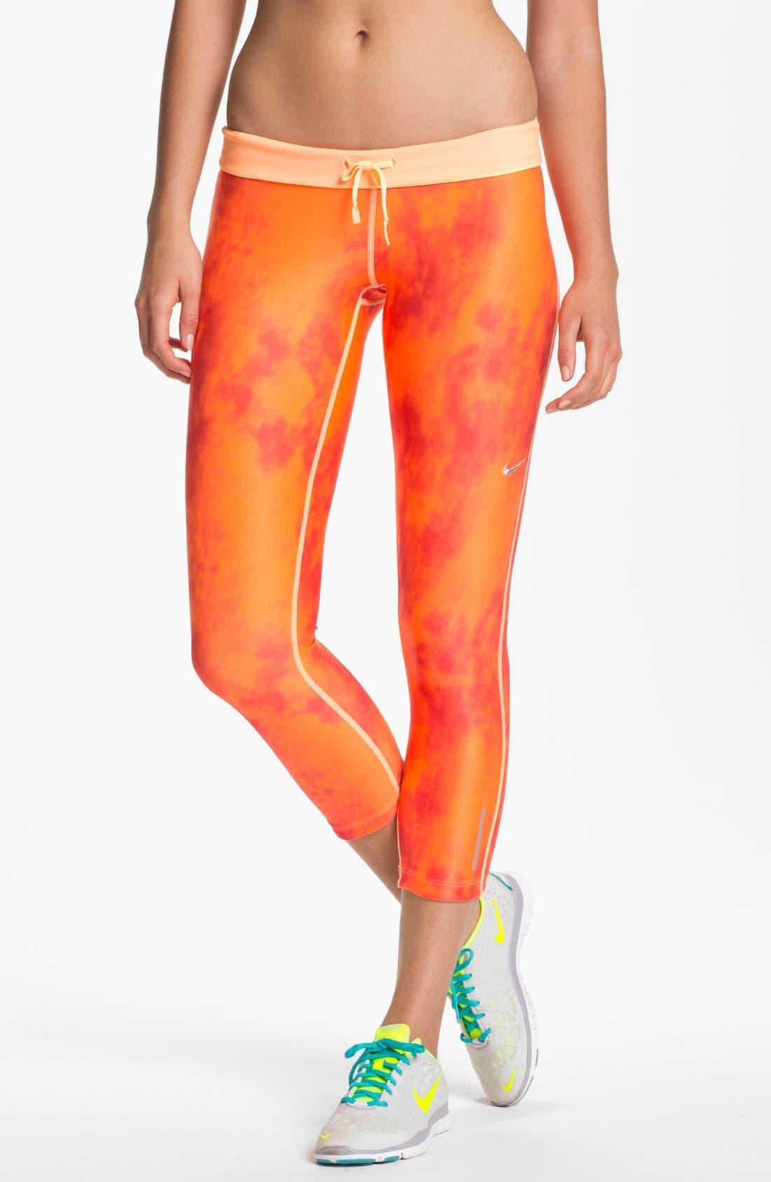 Main Image - Nike 'Relay' Print Capri Pants
