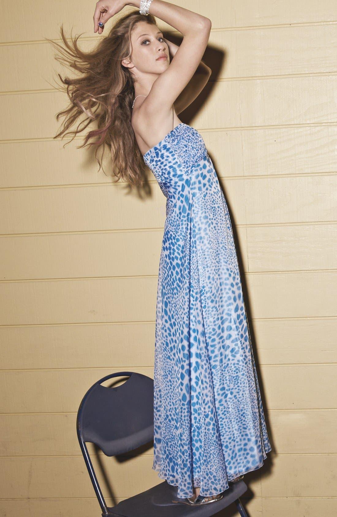 Alternate Image 4  - Laundry by Shelli Segal Print Chiffon Gown