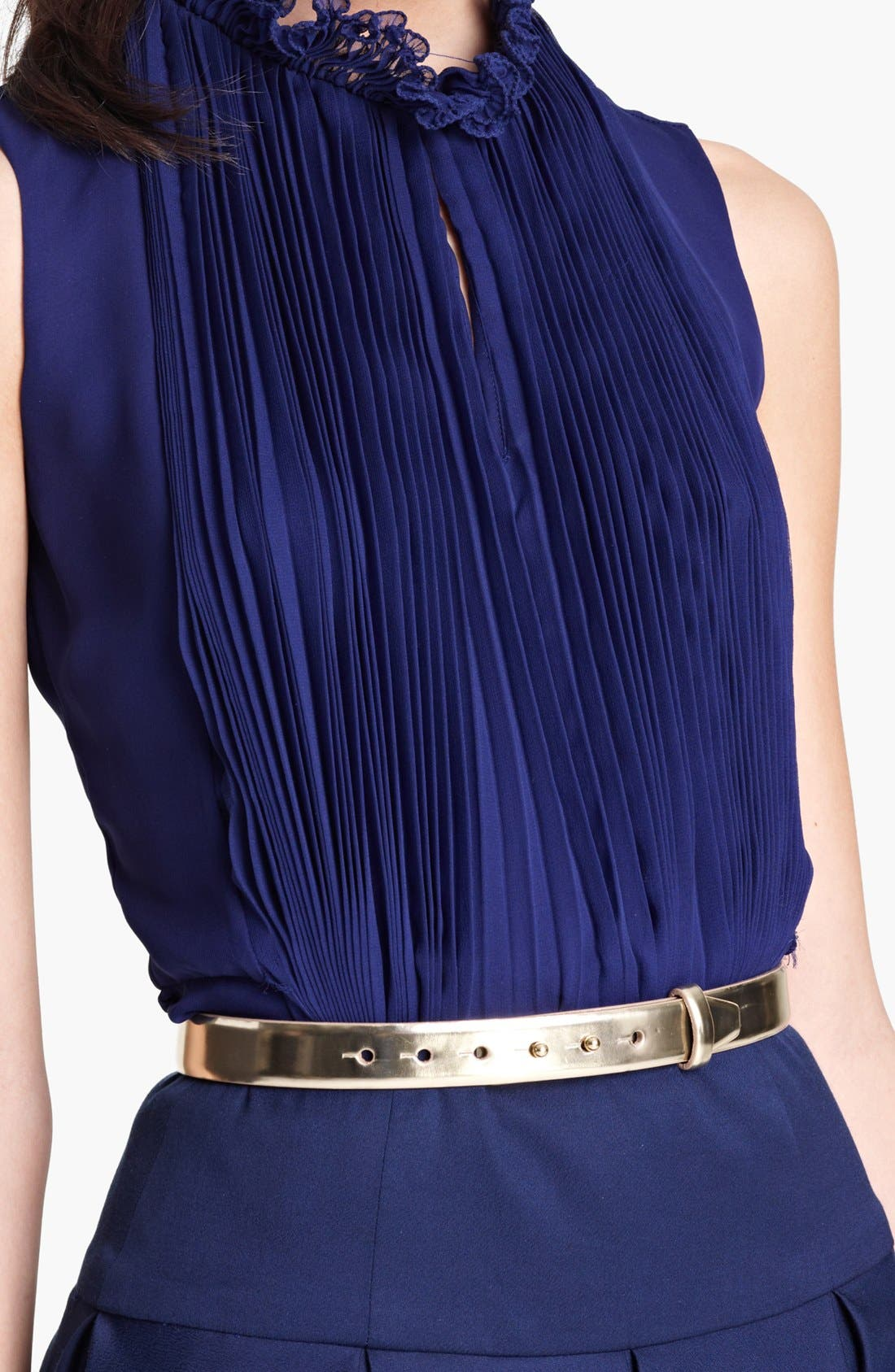 Main Image - Oscar de la Renta Slim Metallic Leather Belt