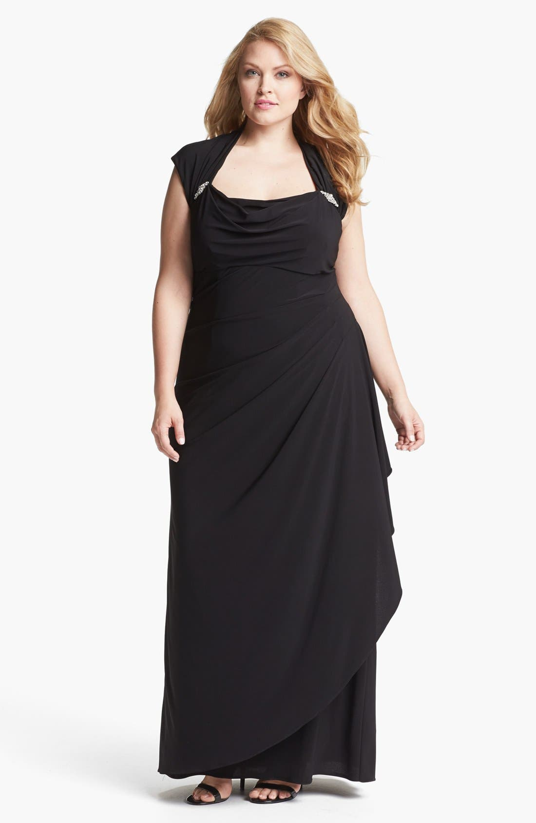 Main Image - Xscape Ruched Gown (Plus Size)
