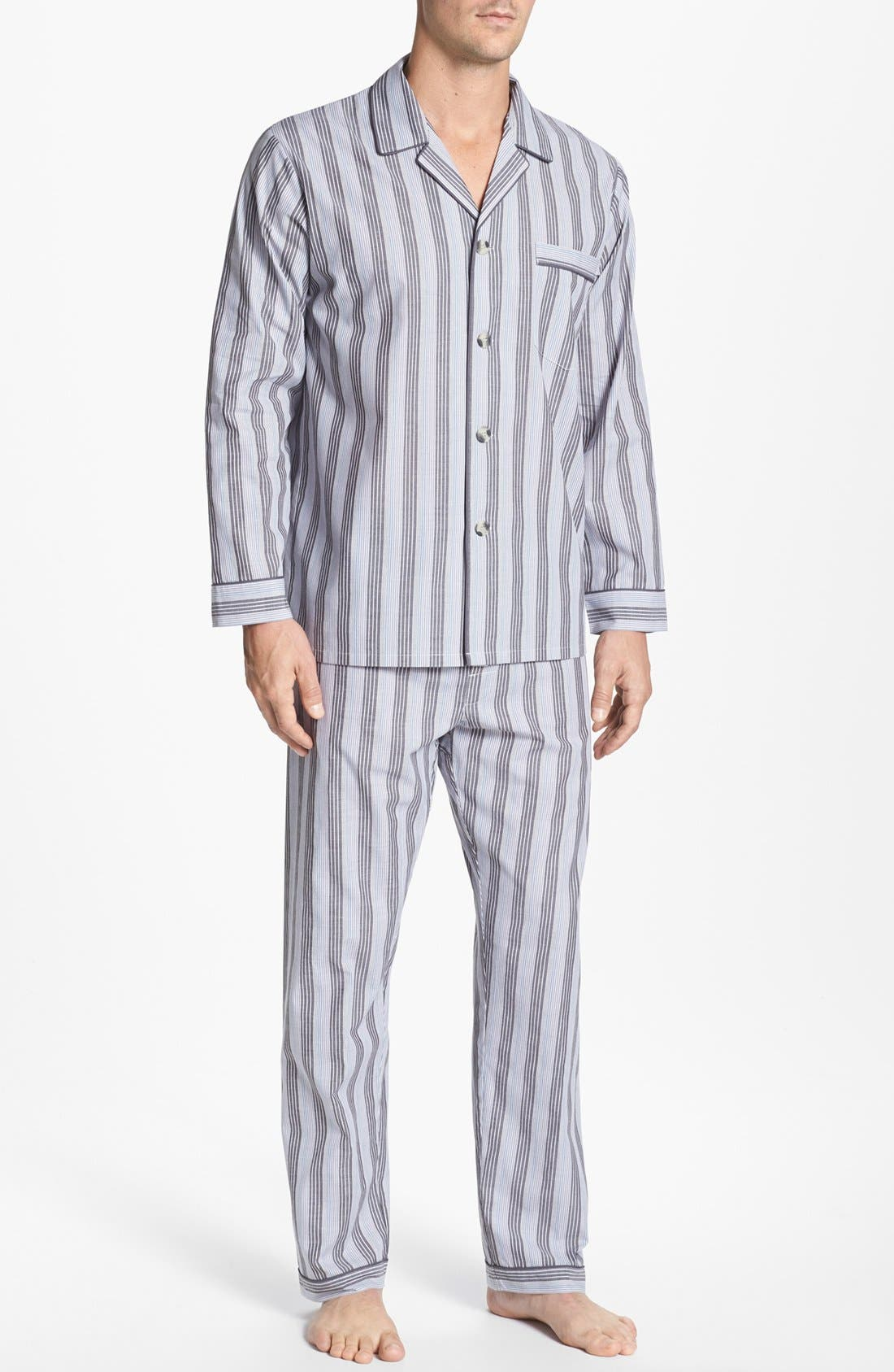 Alternate Image 1 Selected - Majestic International 'Westin' Pajamas