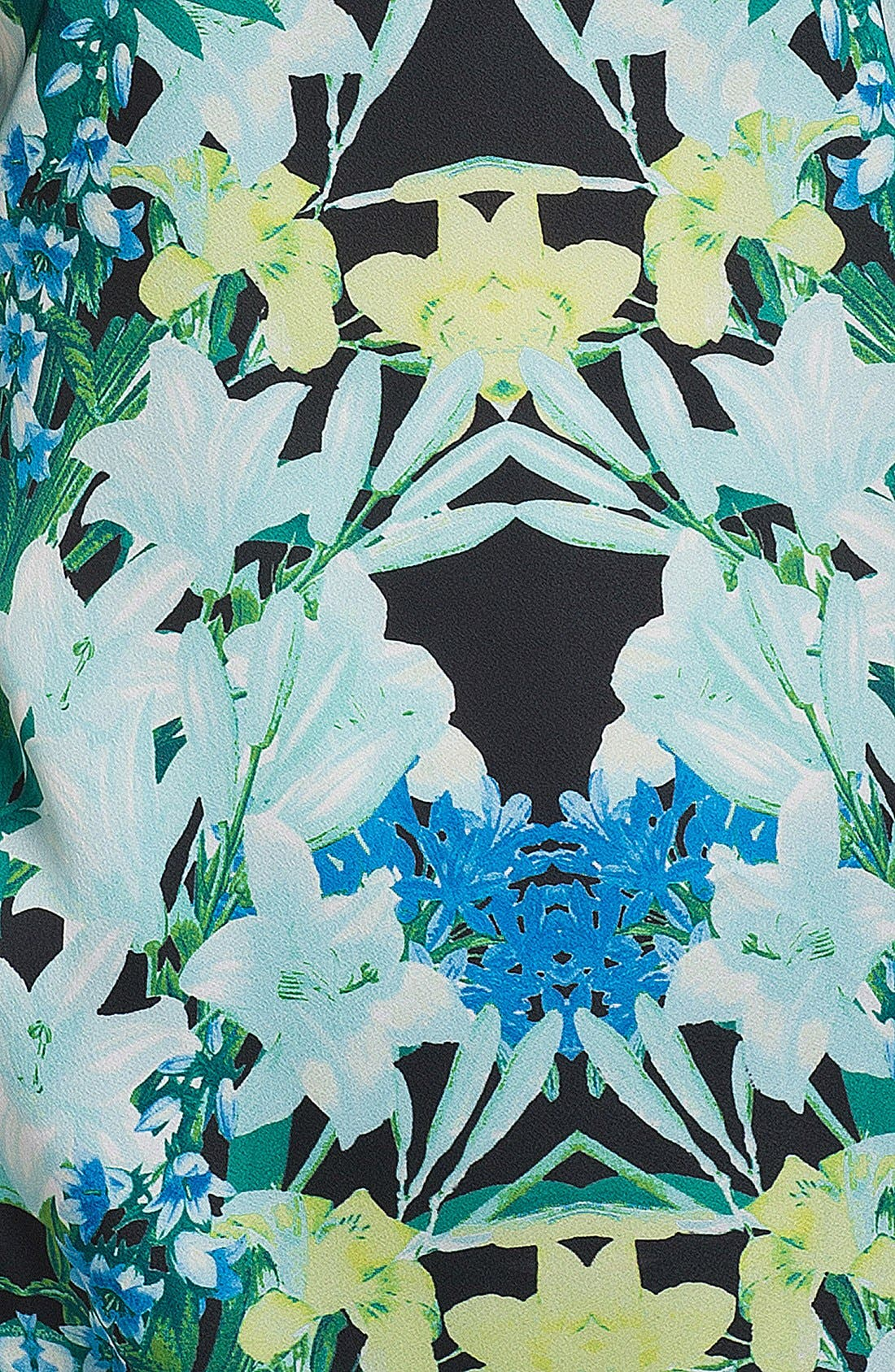 Alternate Image 3  - Vince Camuto 'Spring Garland' Blouse (Petite)