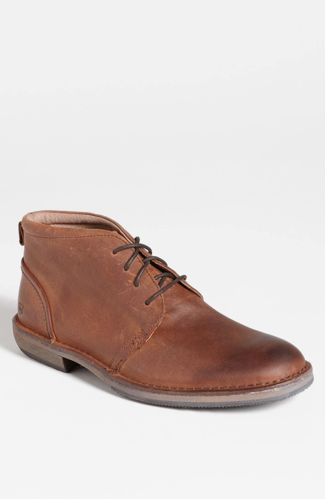 Main Image - Andrew Marc 'Greenwich' Chukka Boot (Men)