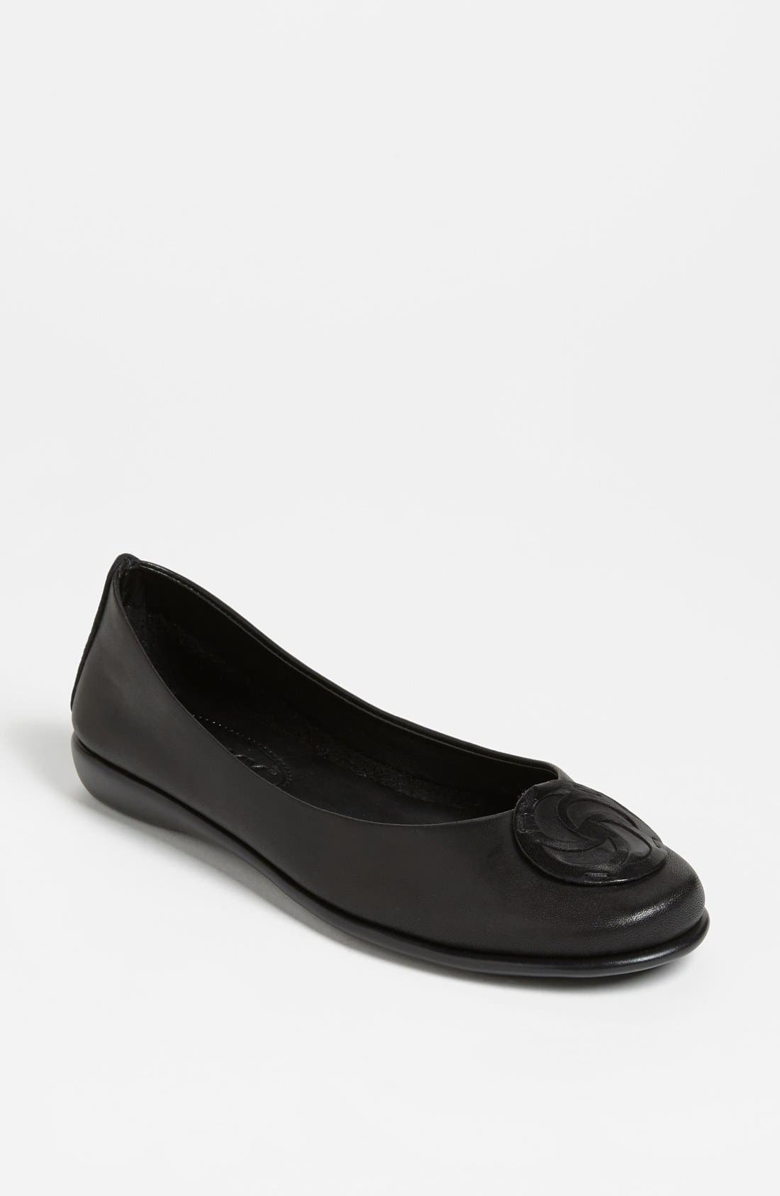 The FLEXX 'Bon Bon' Flat