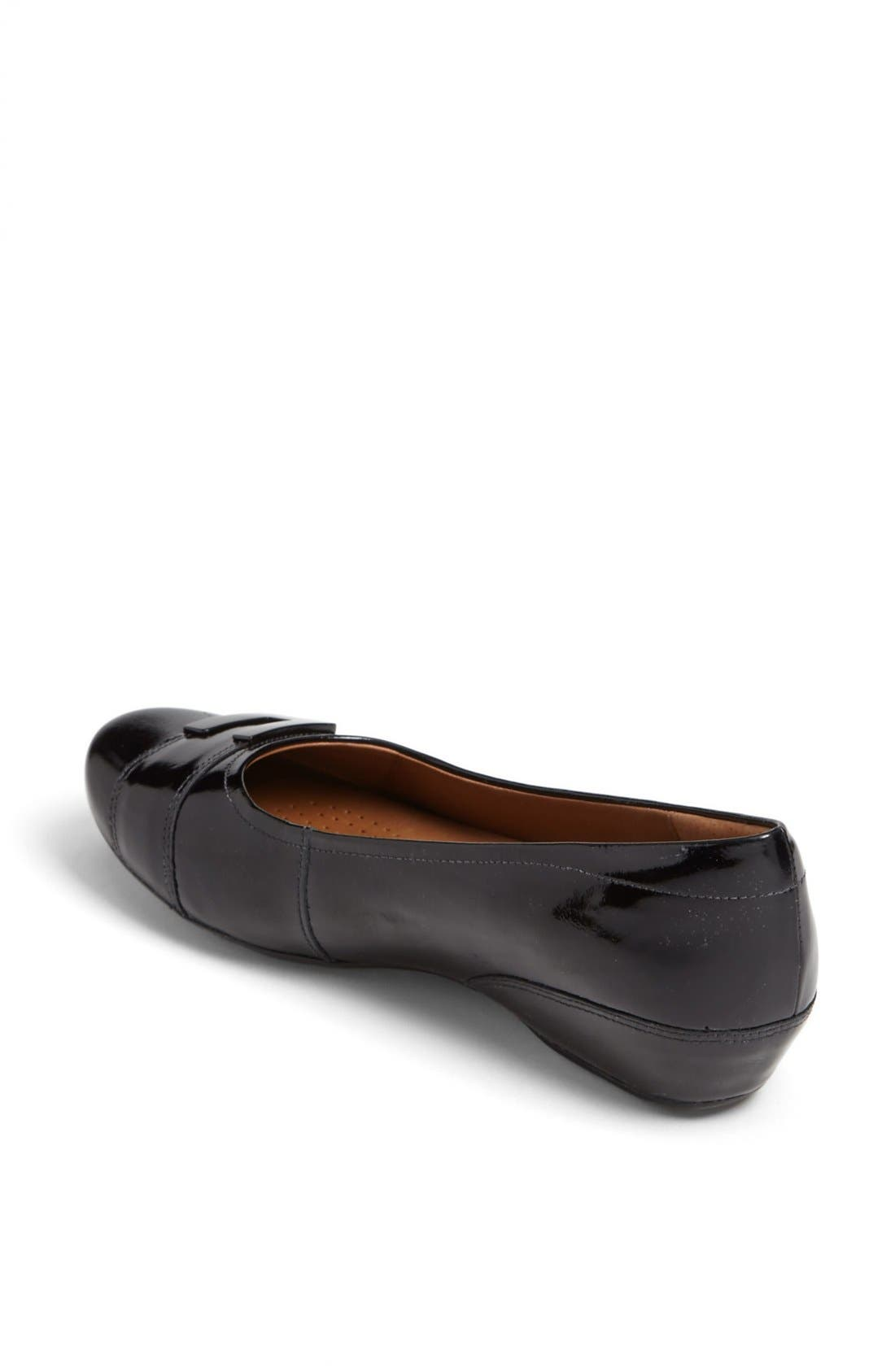 Alternate Image 2  - Clarks® 'Concert Choir' Flat