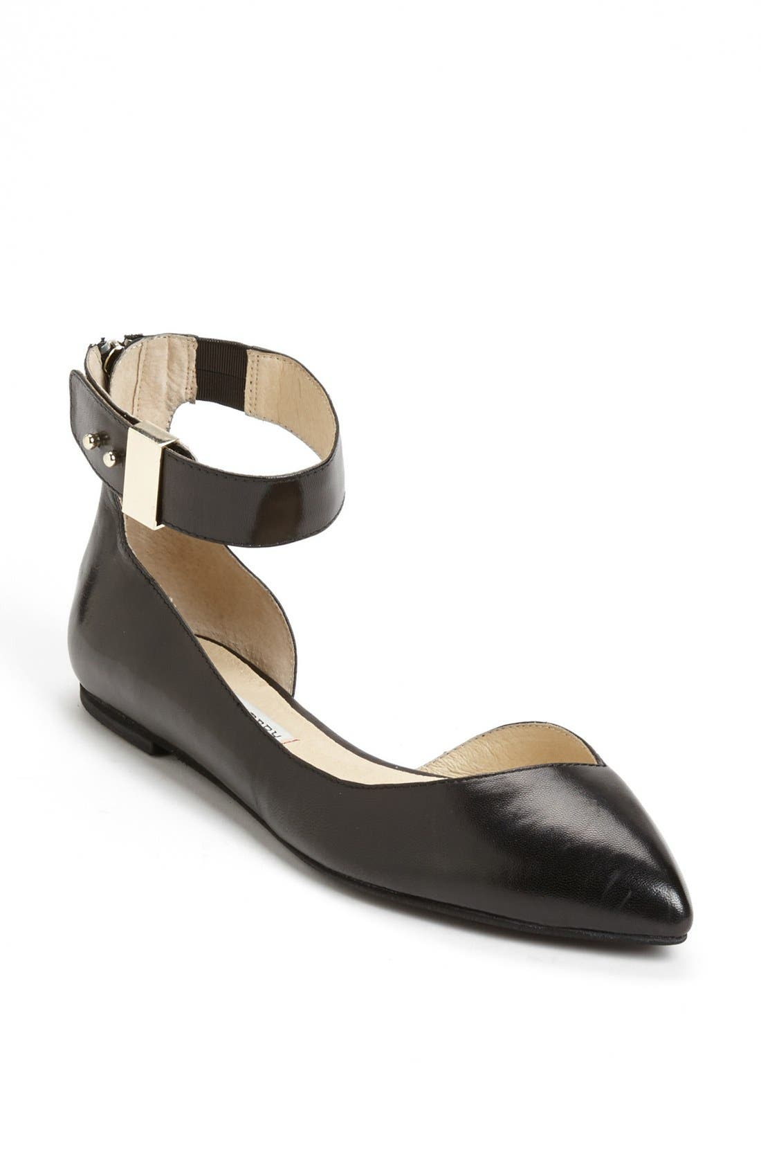 Alternate Image 1 Selected - Kristin Cavallari 'Coraline' Flat