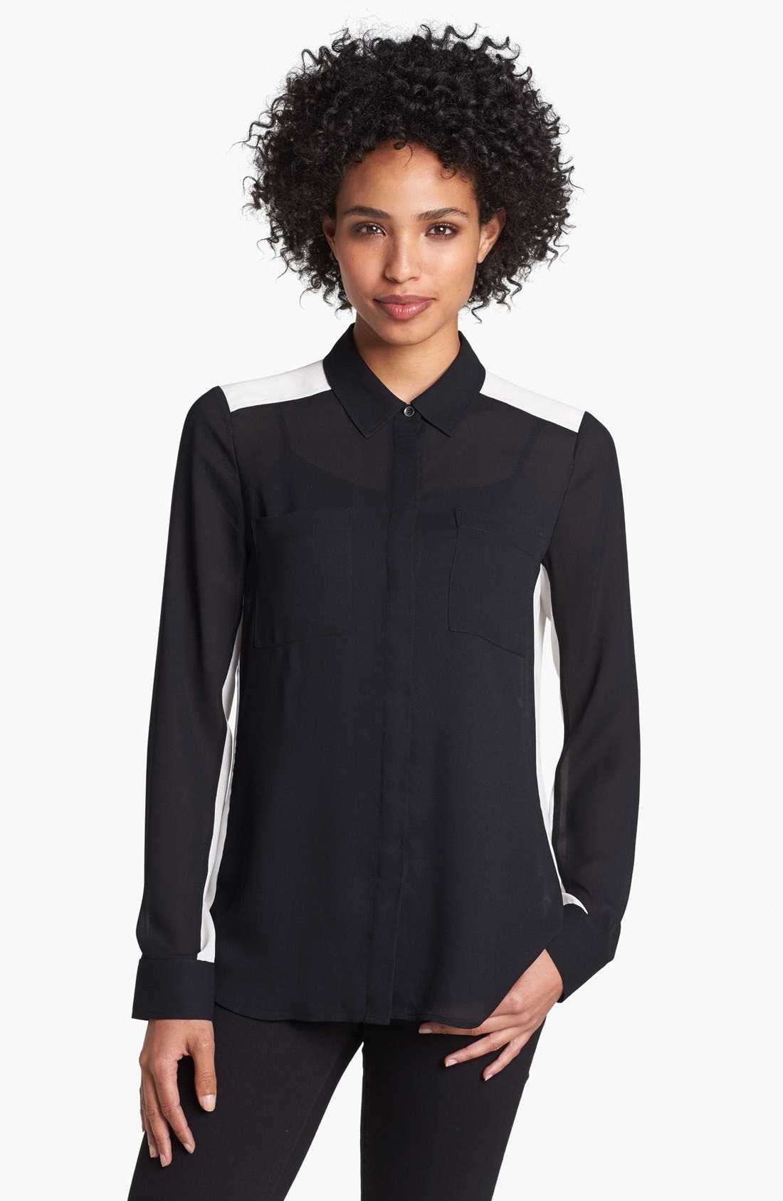 Alternate Image 1 Selected - Halogen® Contrast Collar Print Shirt (Petite)